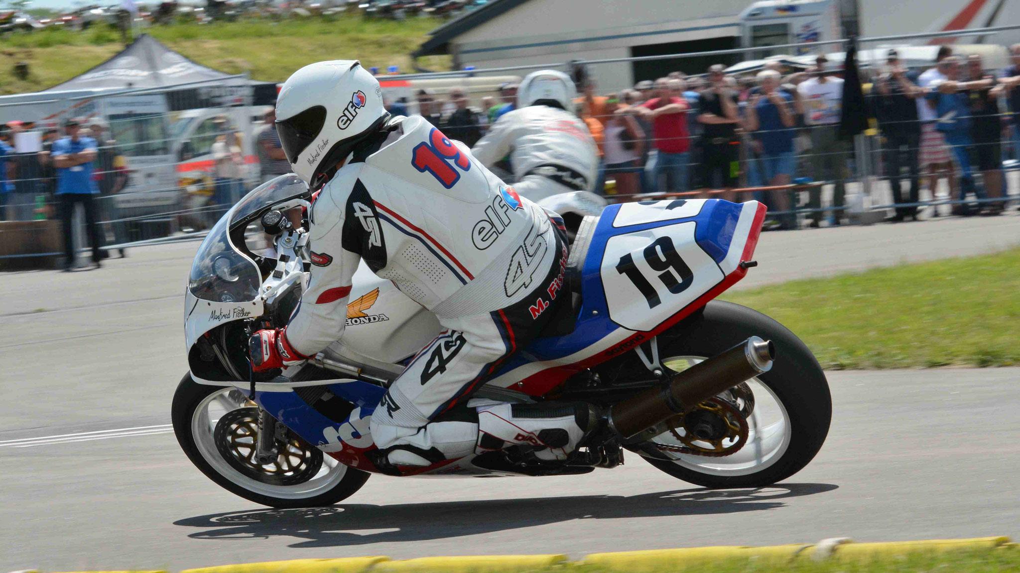 Manfred Fischer / Honda RC30 1988