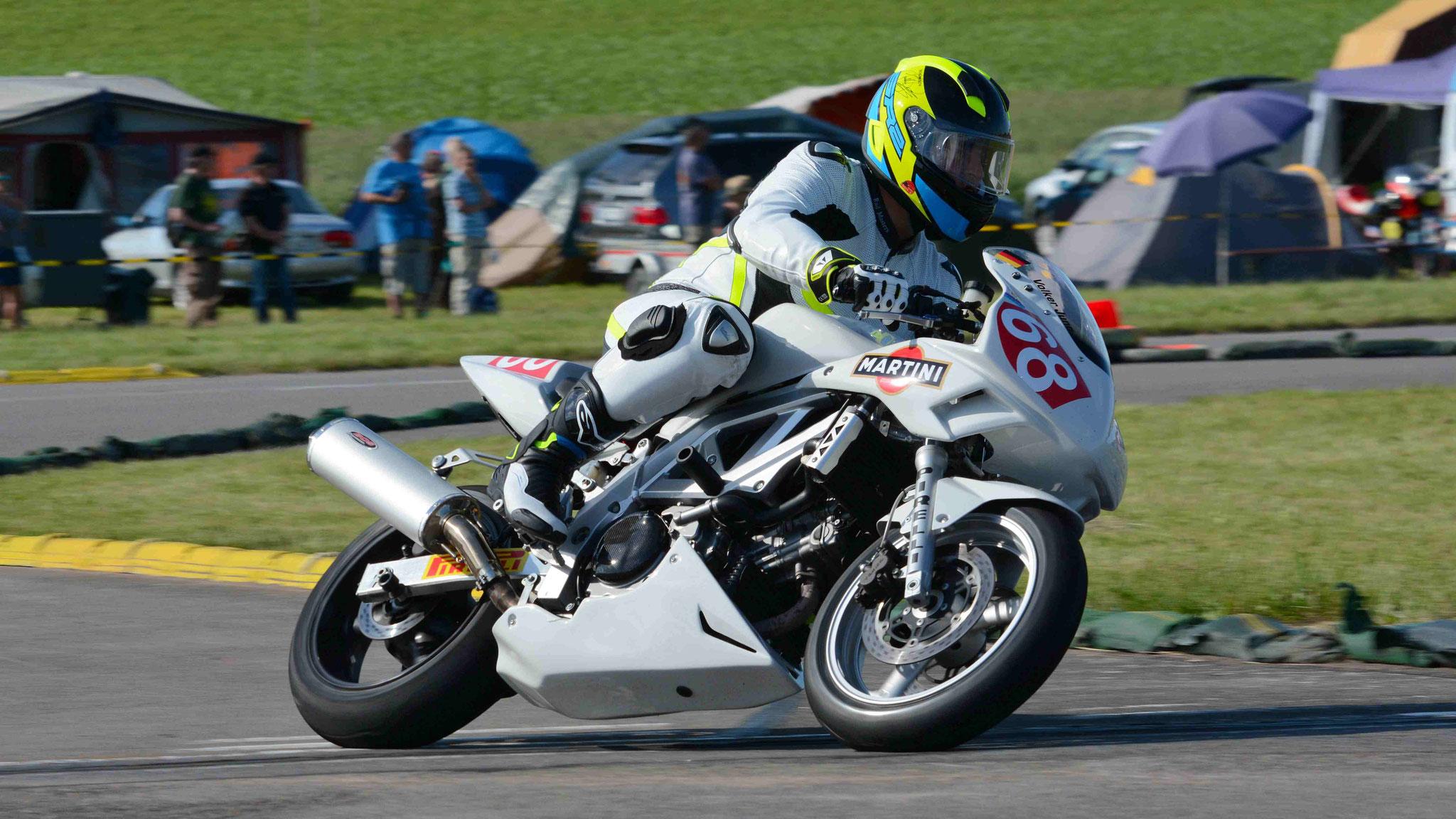 Volker Jung / Suzuki SV650 2002
