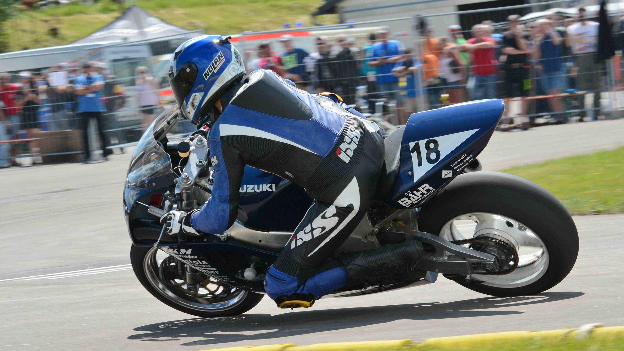 Martin Bähr / Suzuki GSXR750SRAD 1996