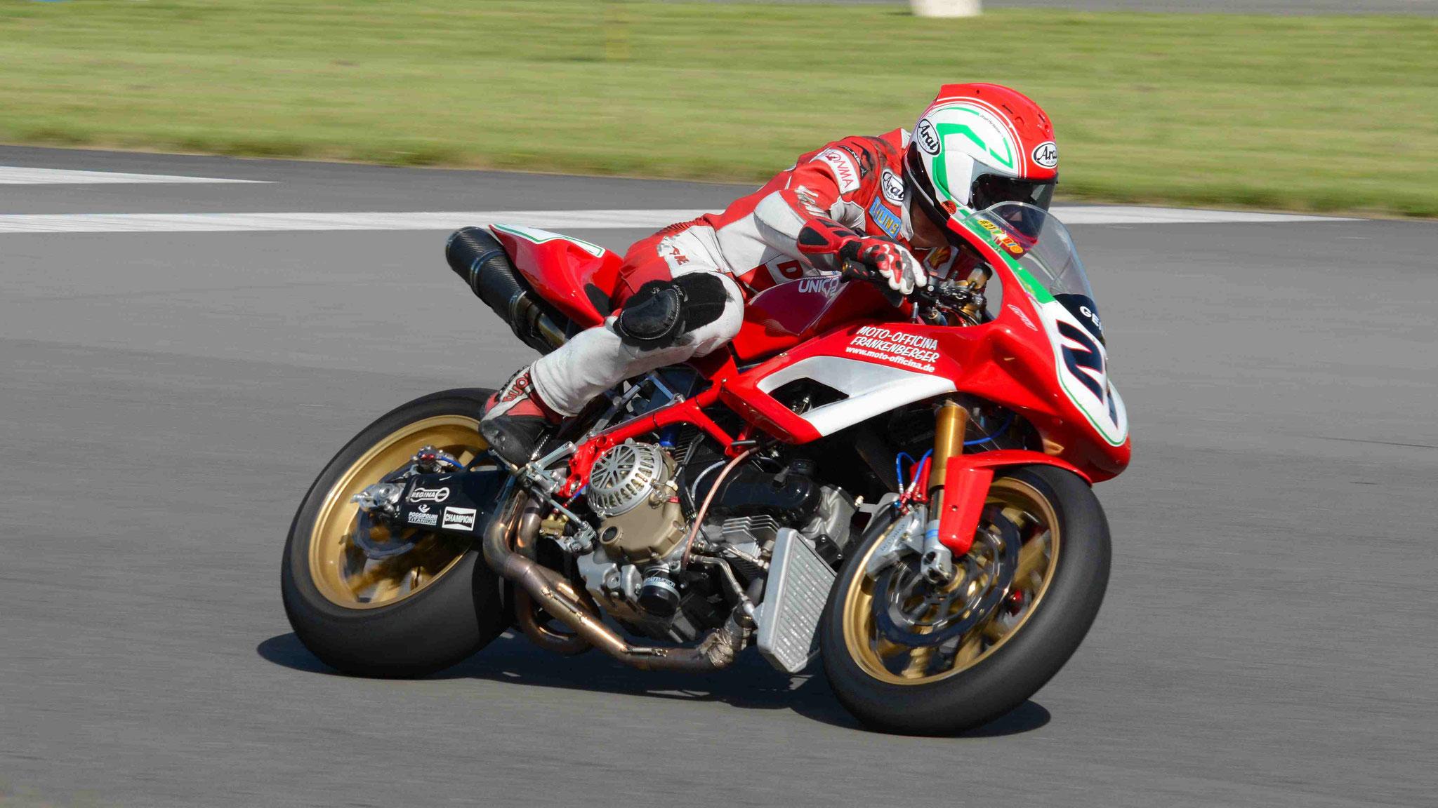 Fabio Frankenberger / Ducati Unico 1100 V2 2002