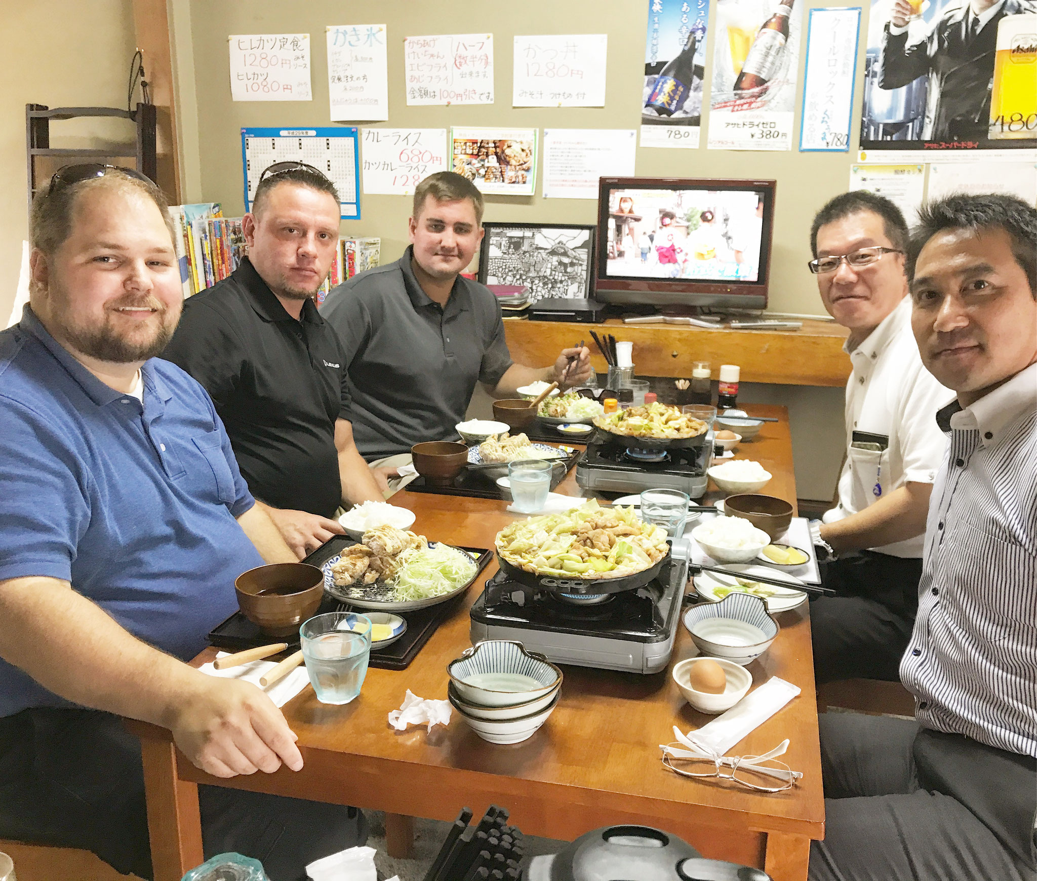 アメリカからのお客様も食べていかれました。