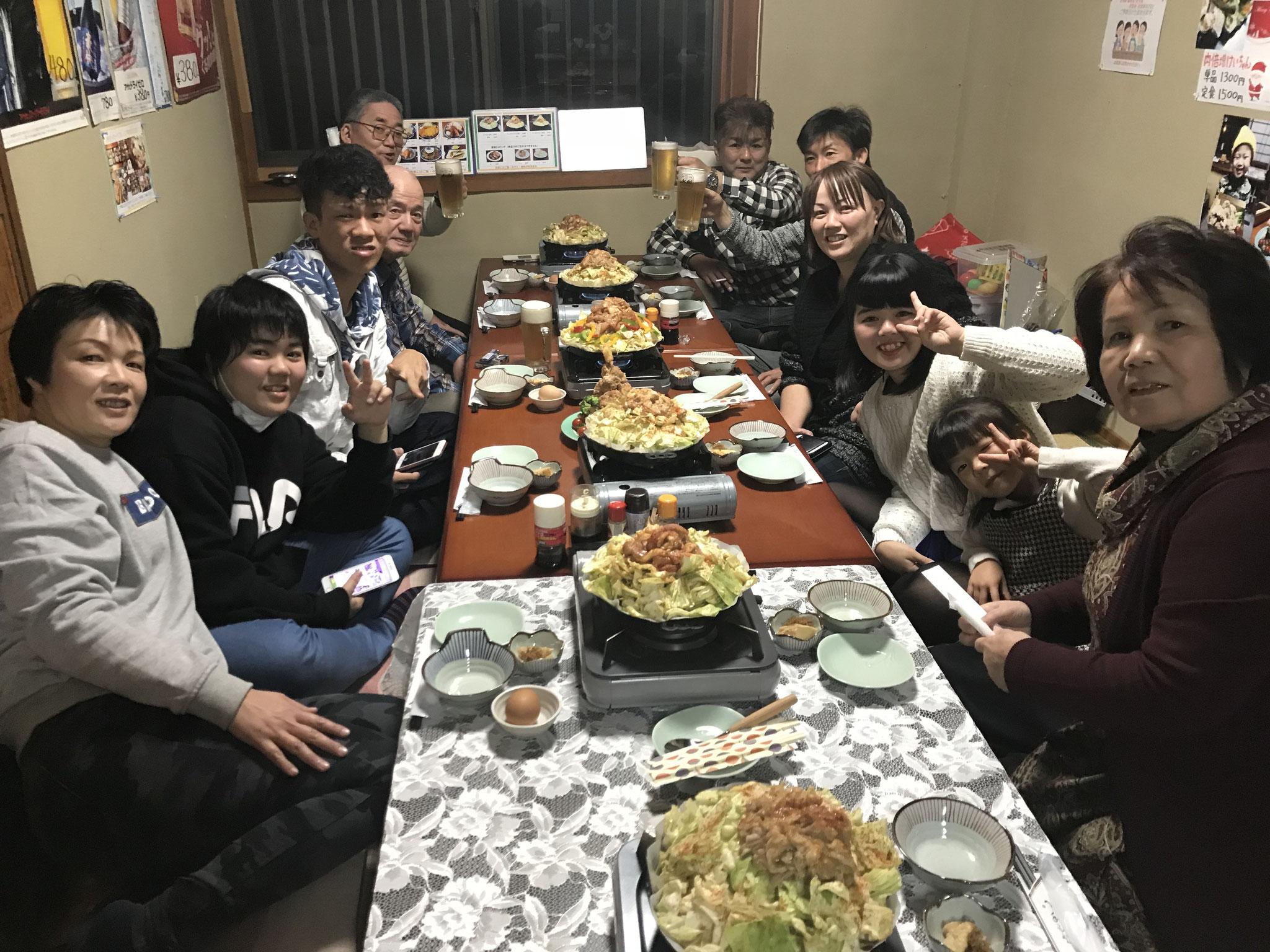 ご家族とお友達ご家族と楽しいお食事、飲み会もしていただいております。