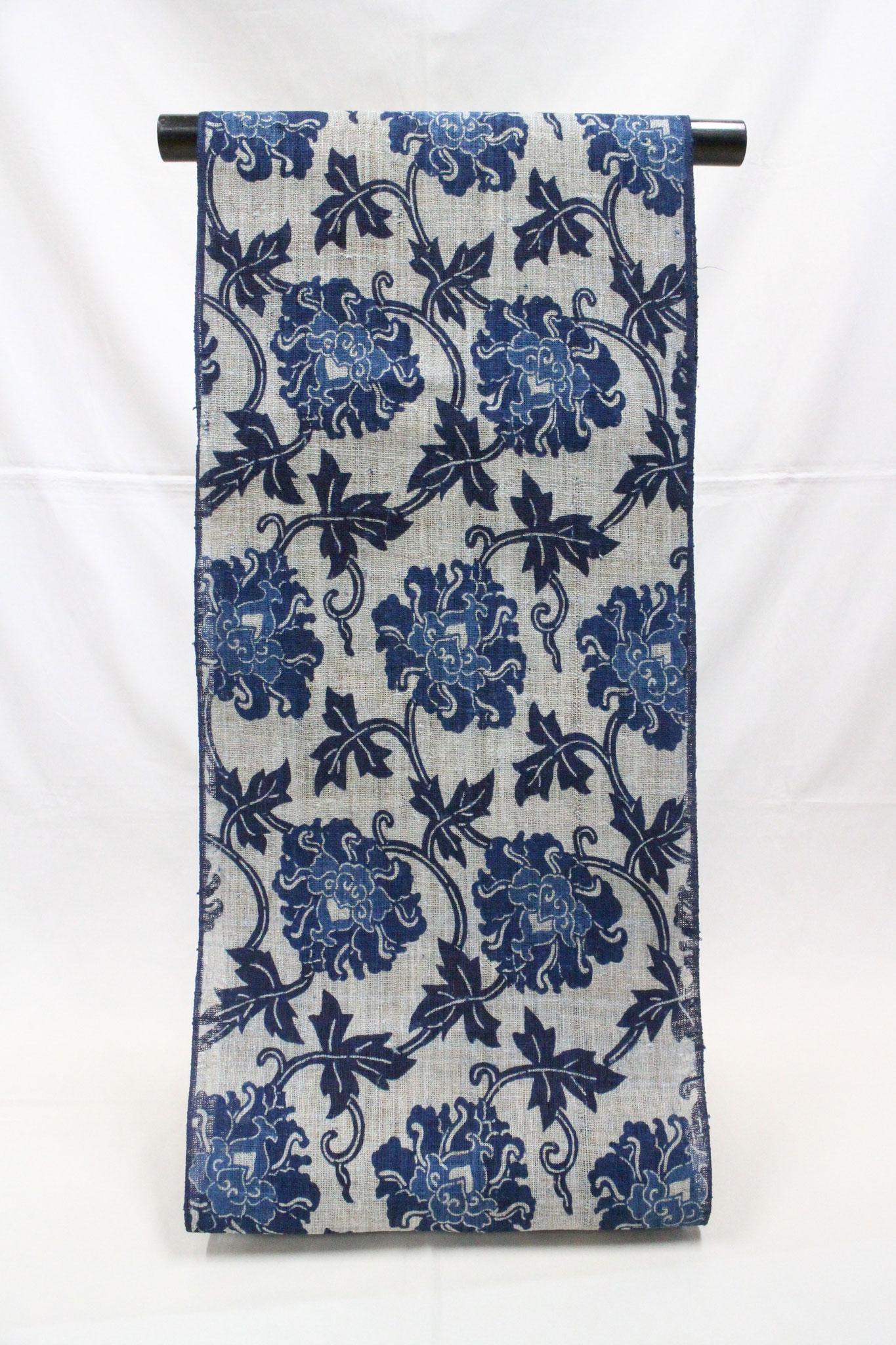 藍型 牡丹唐草    大麻布(モン族)