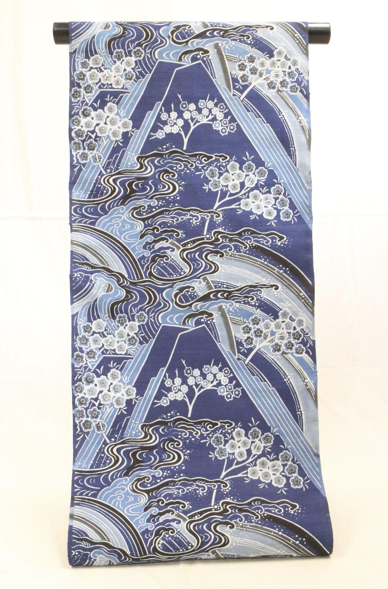 藍型古典柄 波頭山桜模様  久米島紬