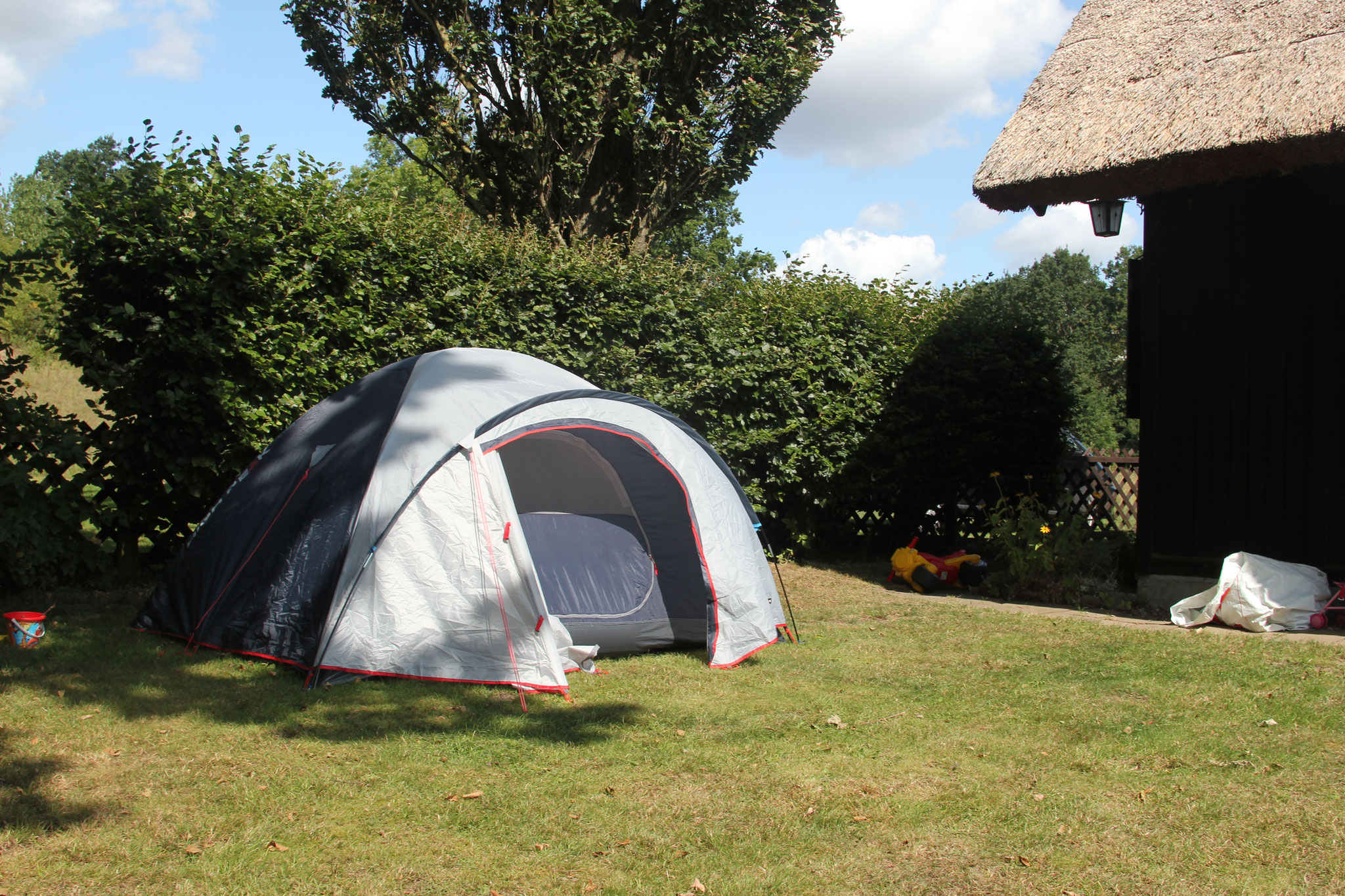 Zelten im Grundstück