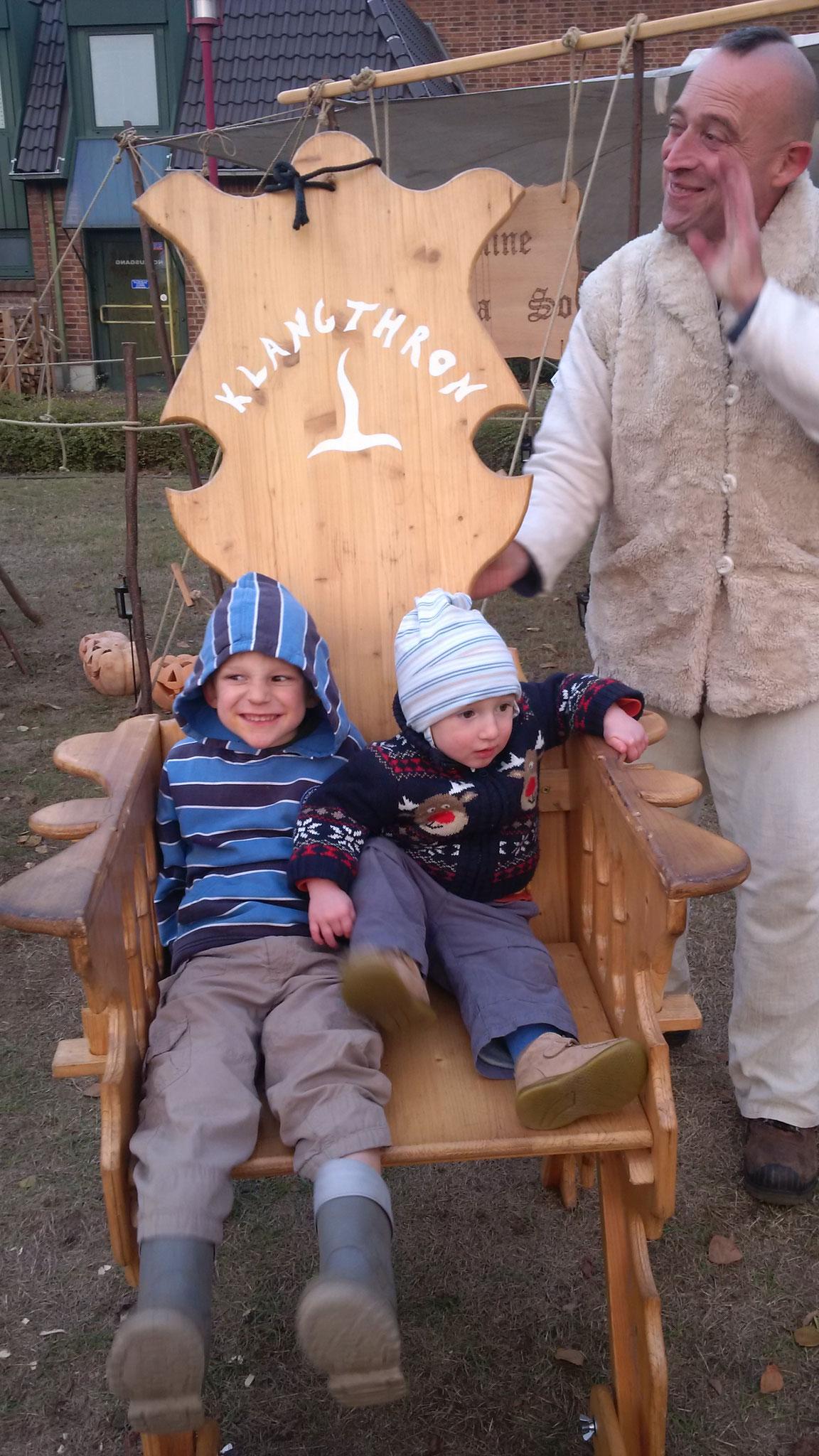 """Der Klangthron """"Klang des Herzens"""" ist bei Kindern und Eltern sehr beliebt..."""