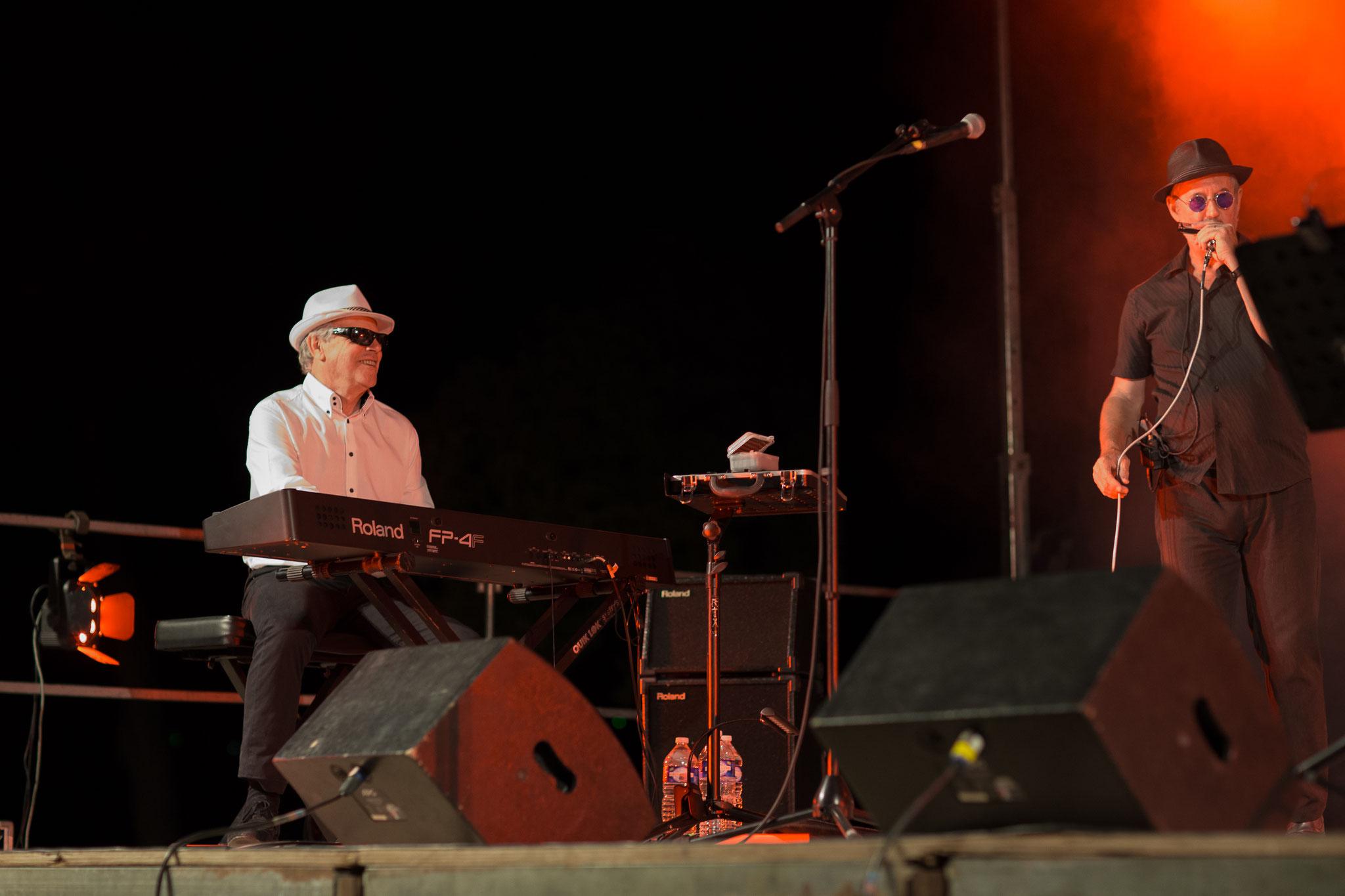 Jean-Louis et Marc aux Nuits Mandréennes à St Mandrier sur Mer (83) en Juillet 2013.