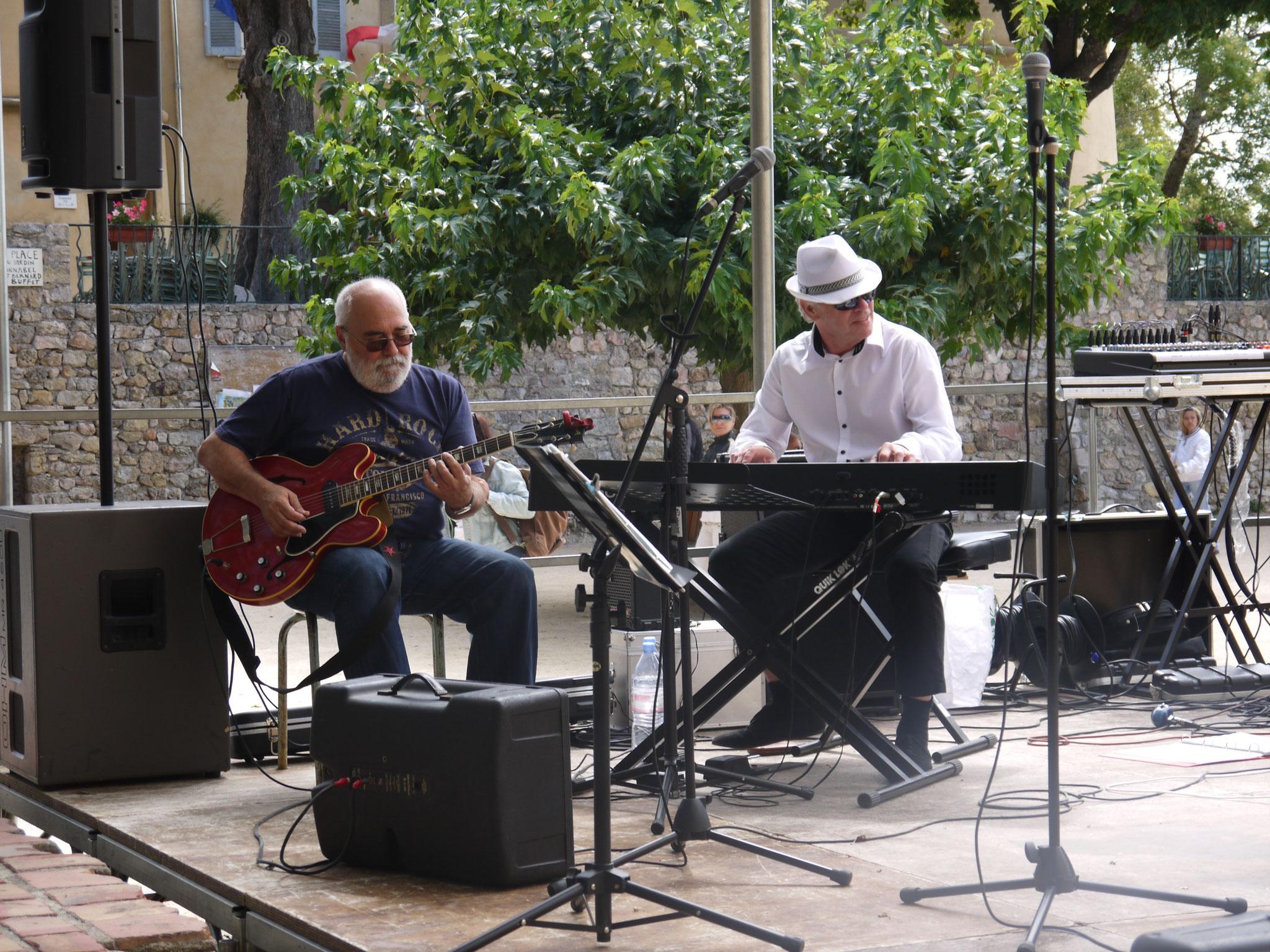 André & Jean-Louis. Tourtour (83) en août 2014.
