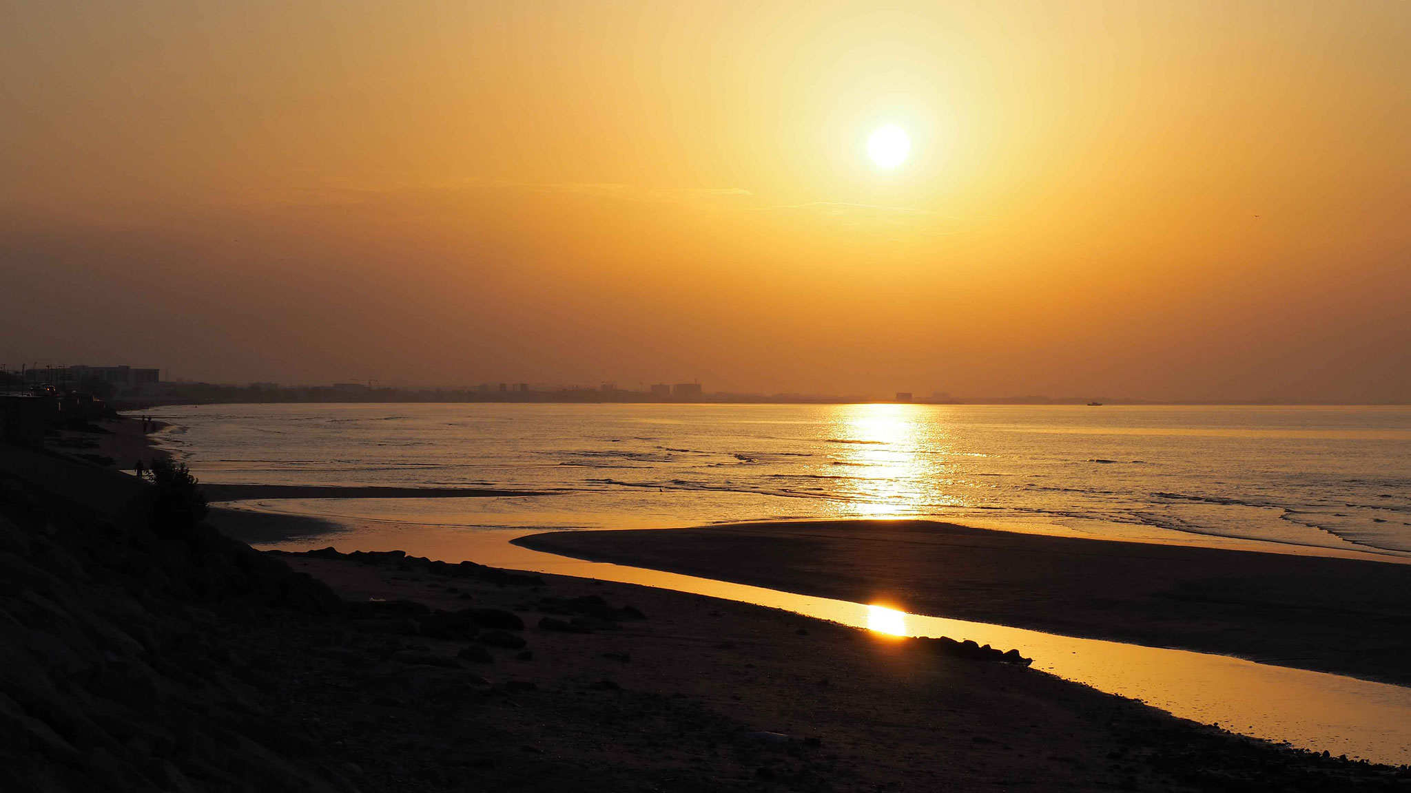 Coucher de soleil sur la plage de Qurm - Oman