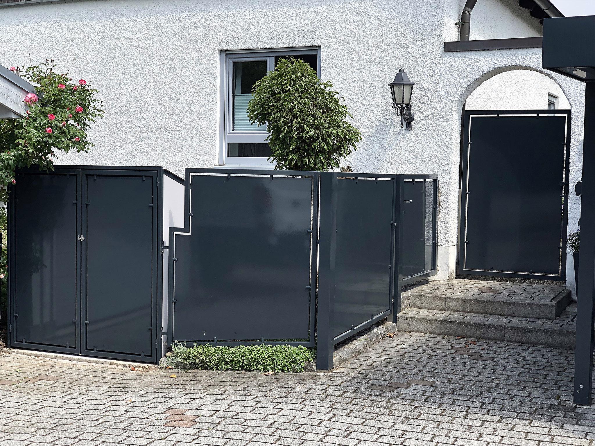 Zwischentüre, Mülltonnenhäuschen, Verkleidung, Zaunelement und Gartentüre verzinkt und pulverbeschichtet