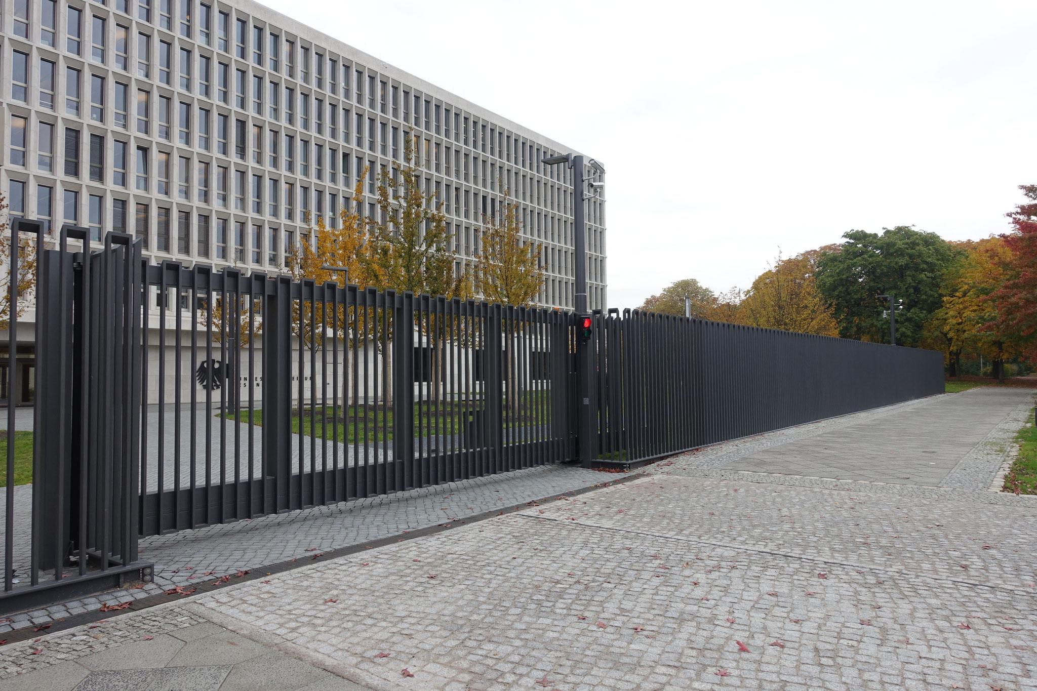 Sicherheitszaun nach Architektendesign Modell Moabit