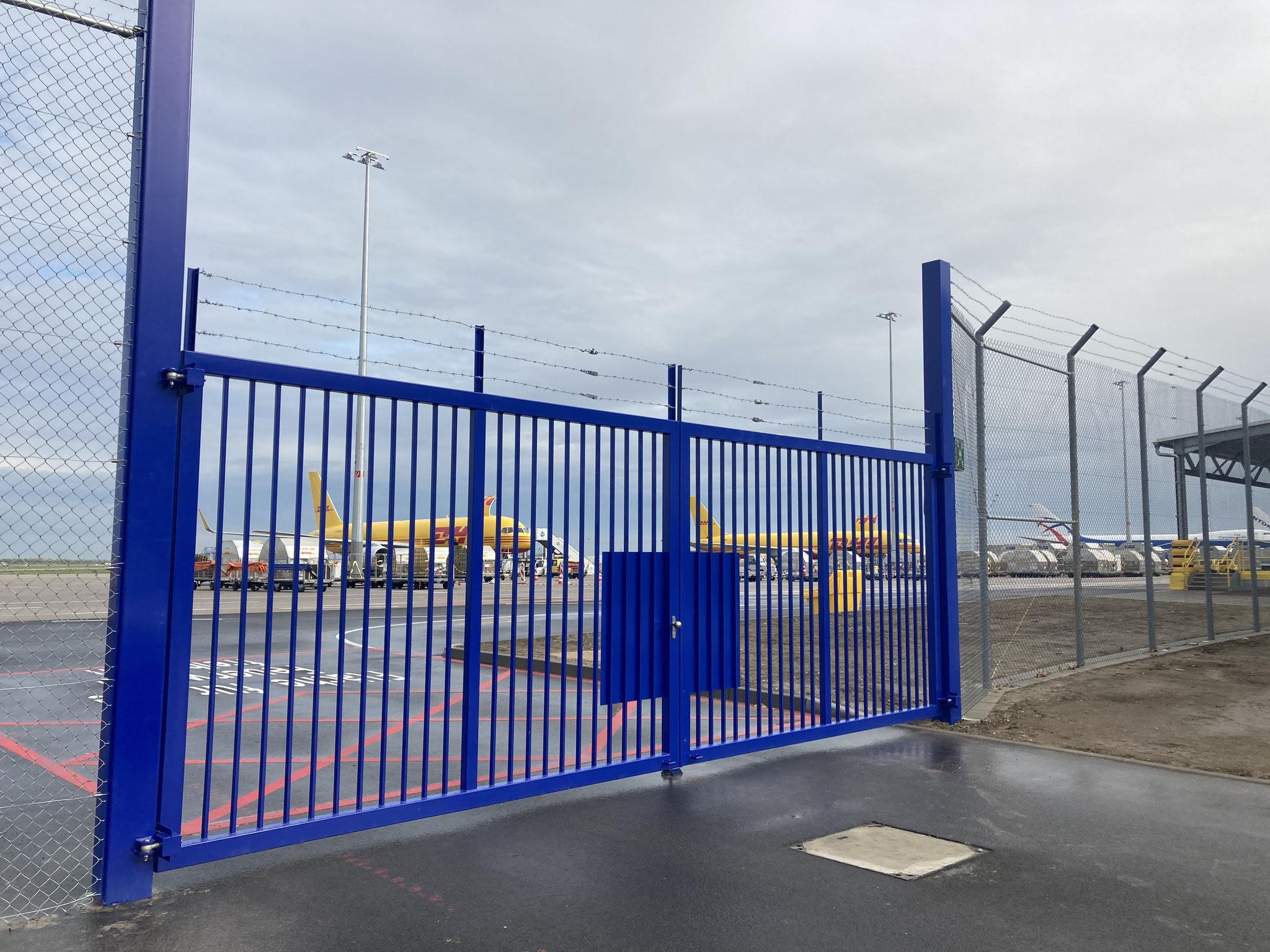 Drehflügeltor mit Zustandsüberwachung Flughafen Leipzig/Halle