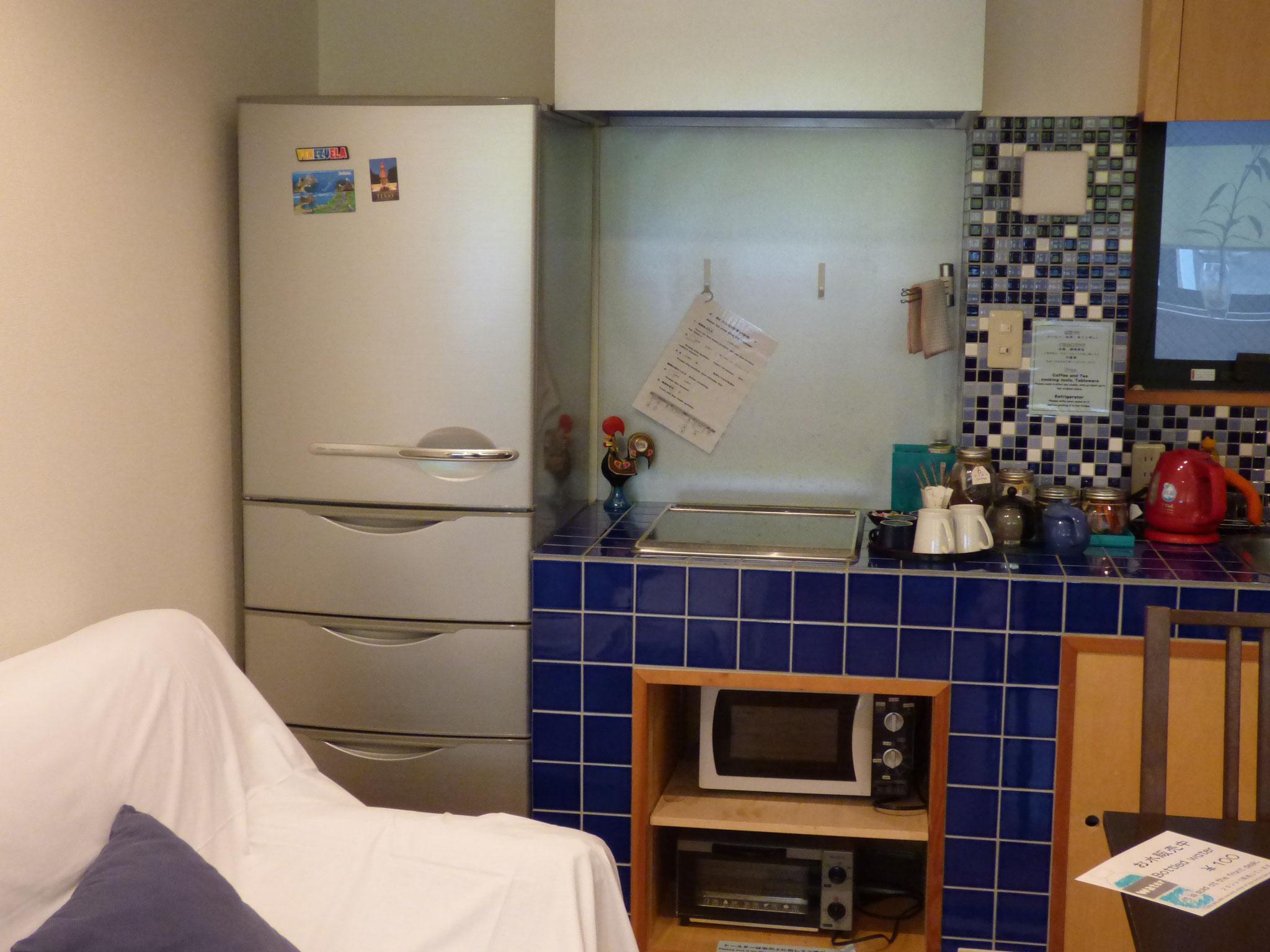 冷蔵庫とIHヒーター