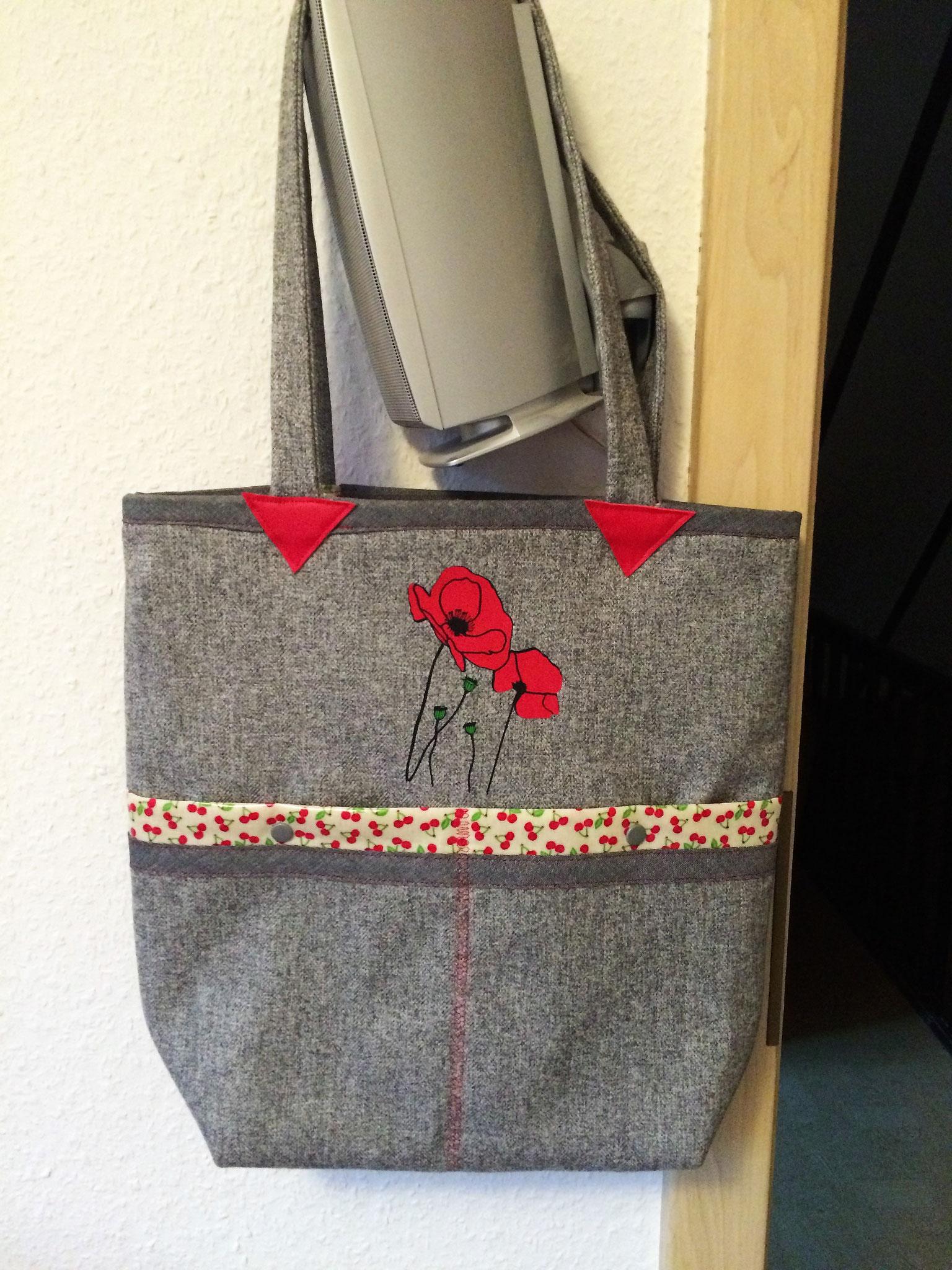 Tasche mit Mohnblumen