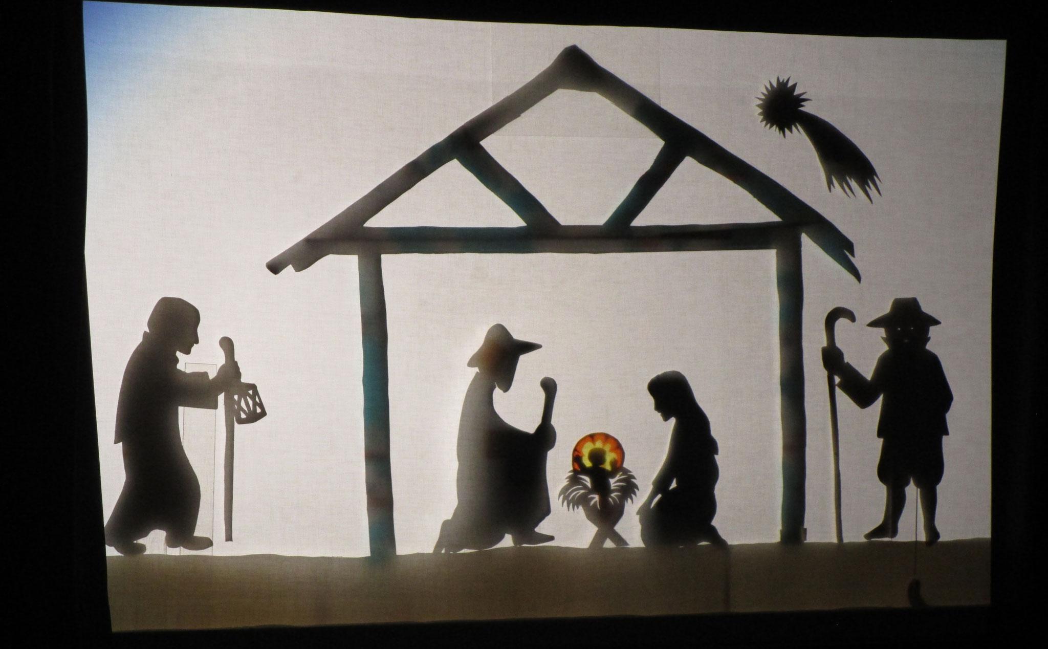 Schattentheater Aufführung in der Grundschule Kaufering