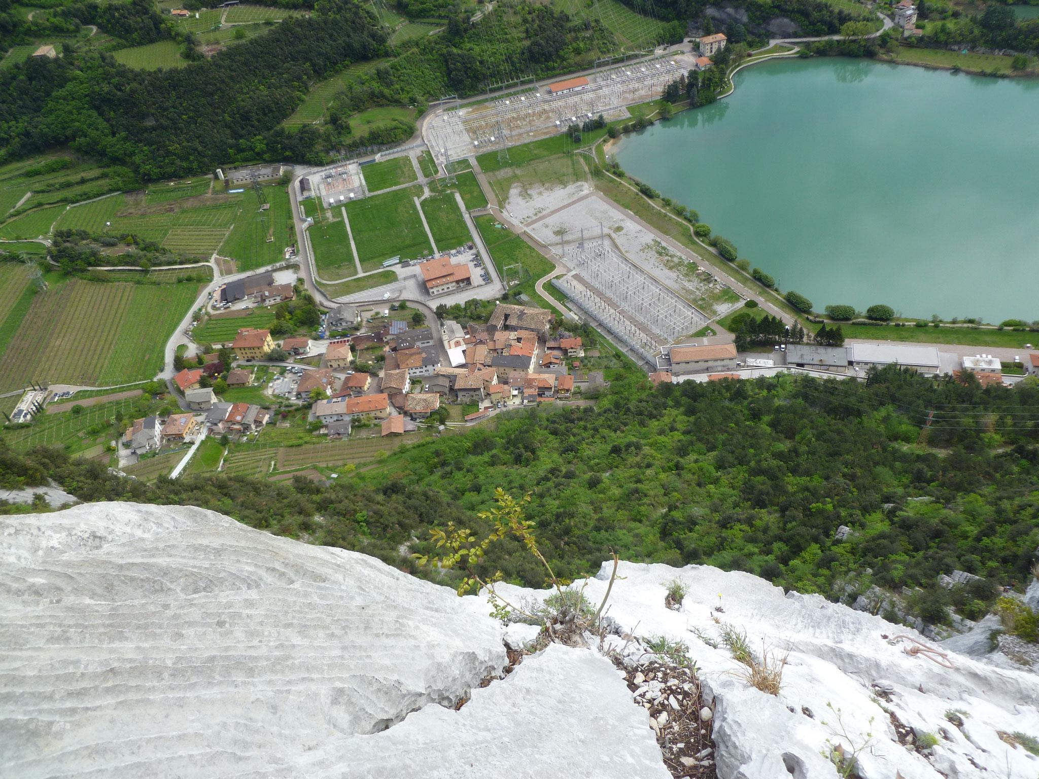 Fast oben! Super Ausblick auf den Massenza - See