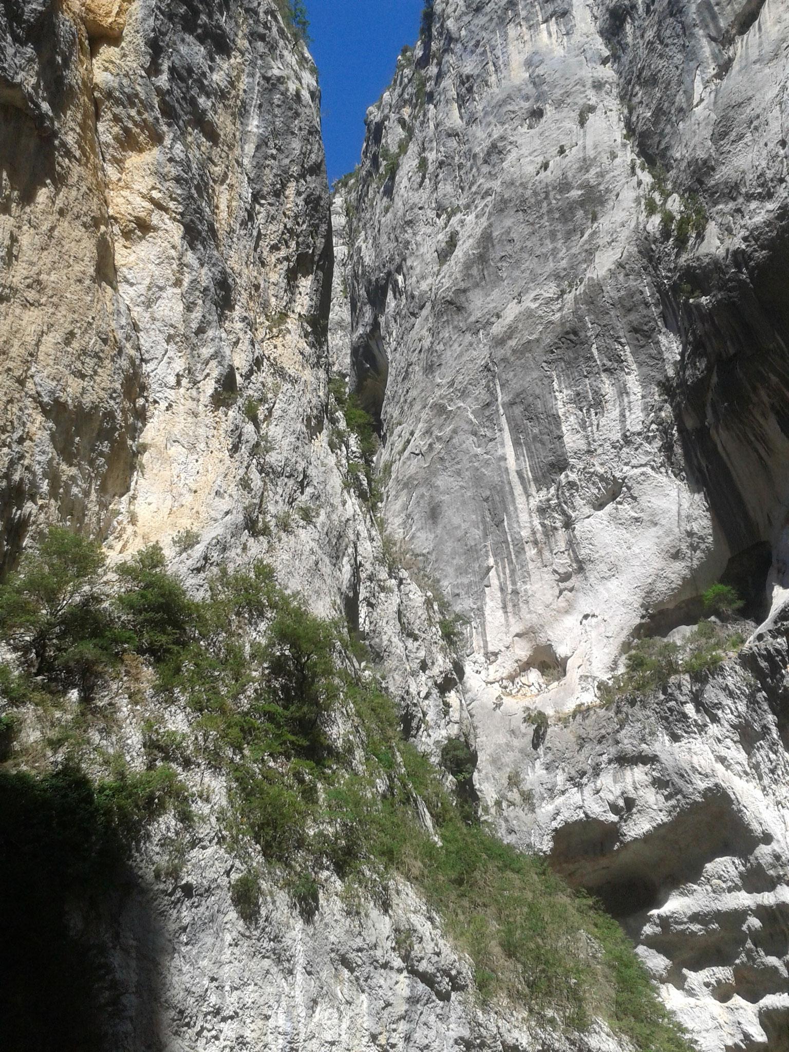 Imbut: engste Stelle der Schlucht und empfehlenswerte Wanderung