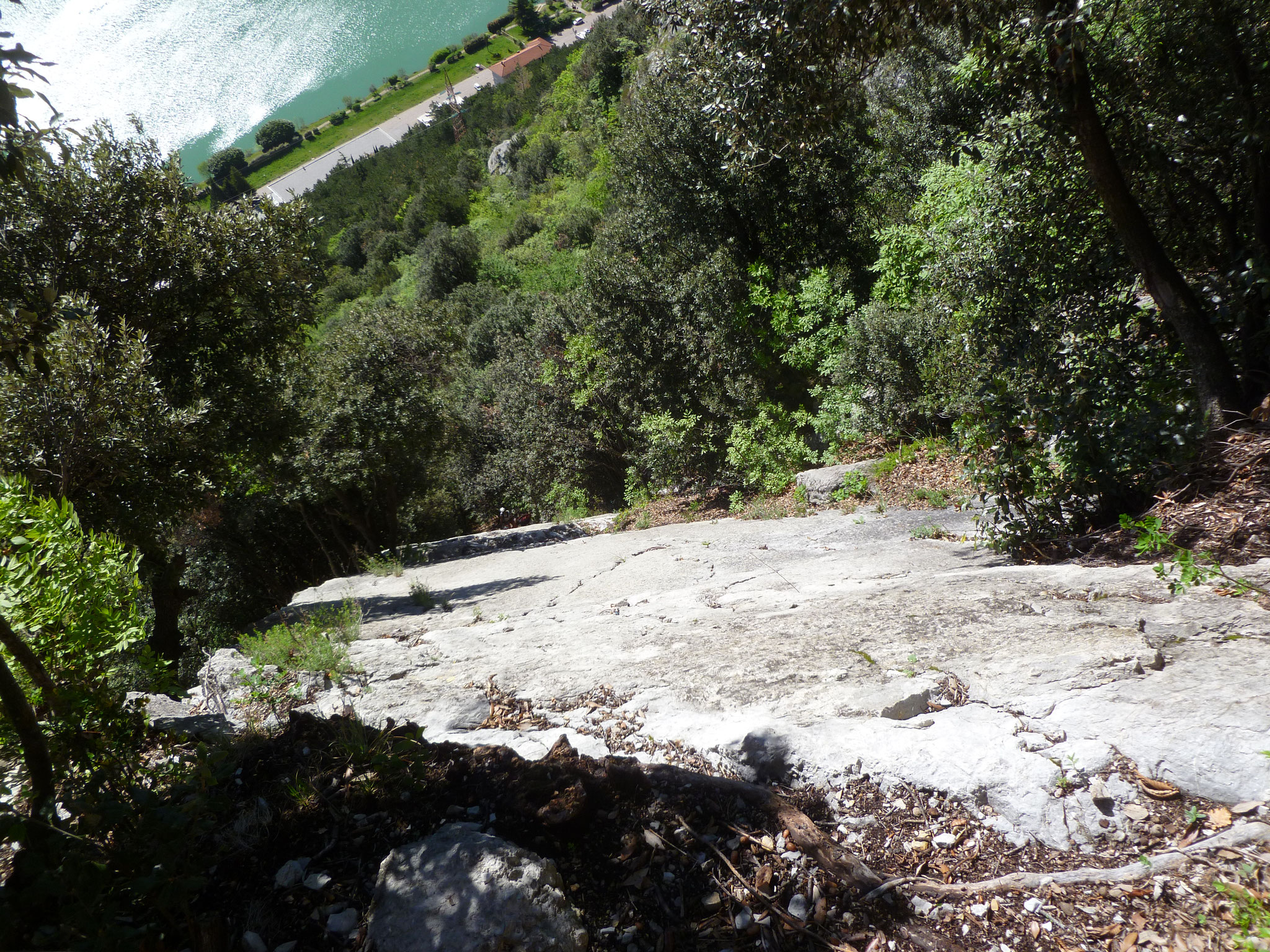 Rückblick vom ersten Stand auf die Kletterallee