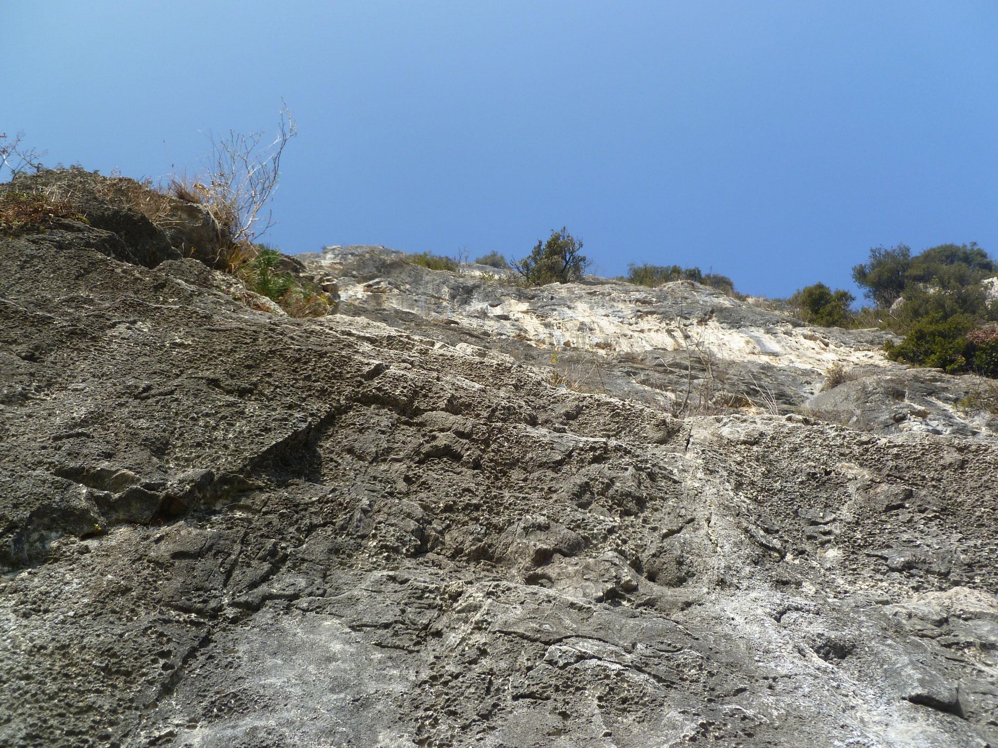 Die zweite Länge. So übel ist der Fels hier gar nicht.