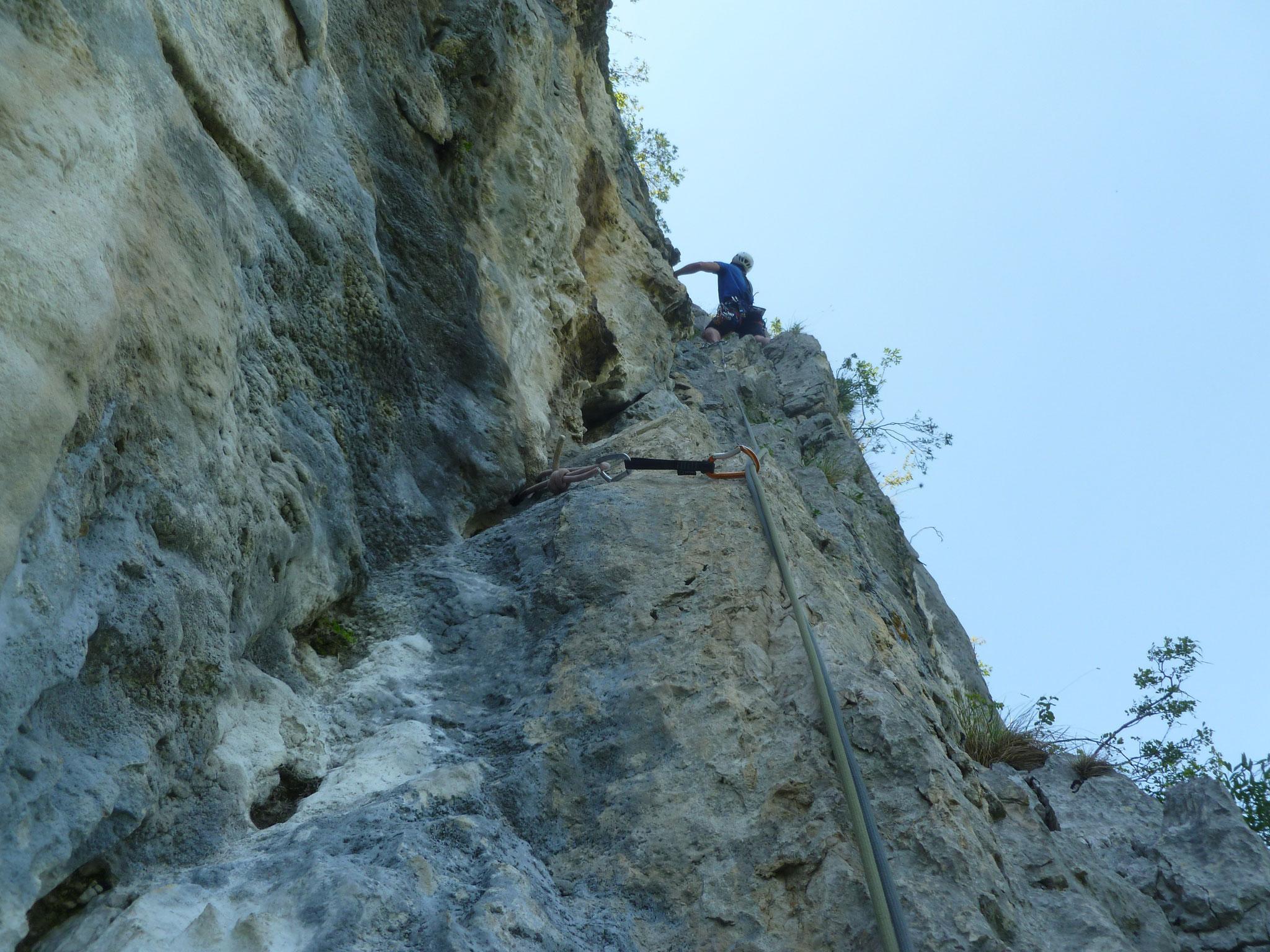In der dritten Länge wird der Fels besser, leider ist die Wand dann auch bald zu Ende