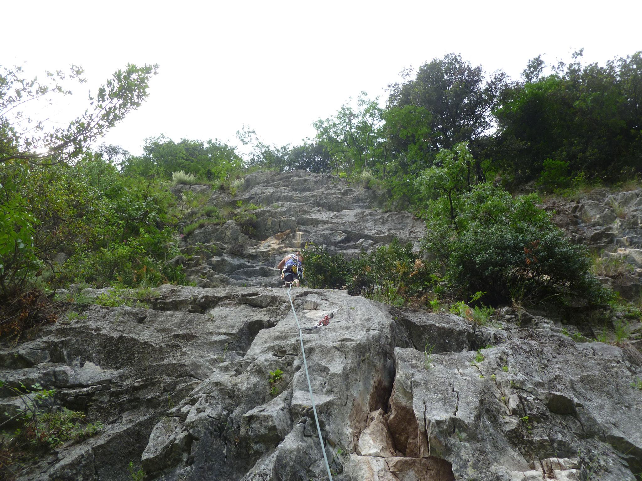 Zweite Länge: anhaltend steil