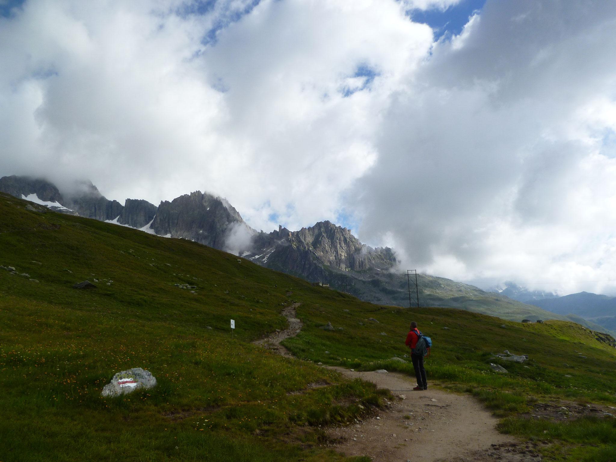 Gemächlicher Start Richtung Sidelenhütte