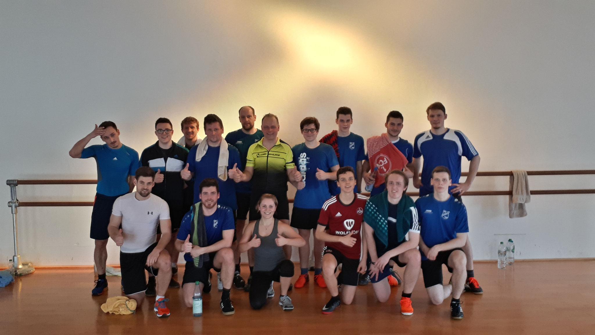 Spinning im CTK: Ausgelaugt und am Ende sind die Männer des FC Erzberg-Wörnitz. Nach dem Spinning ging es in die Sauna. Erholung war angesagt!