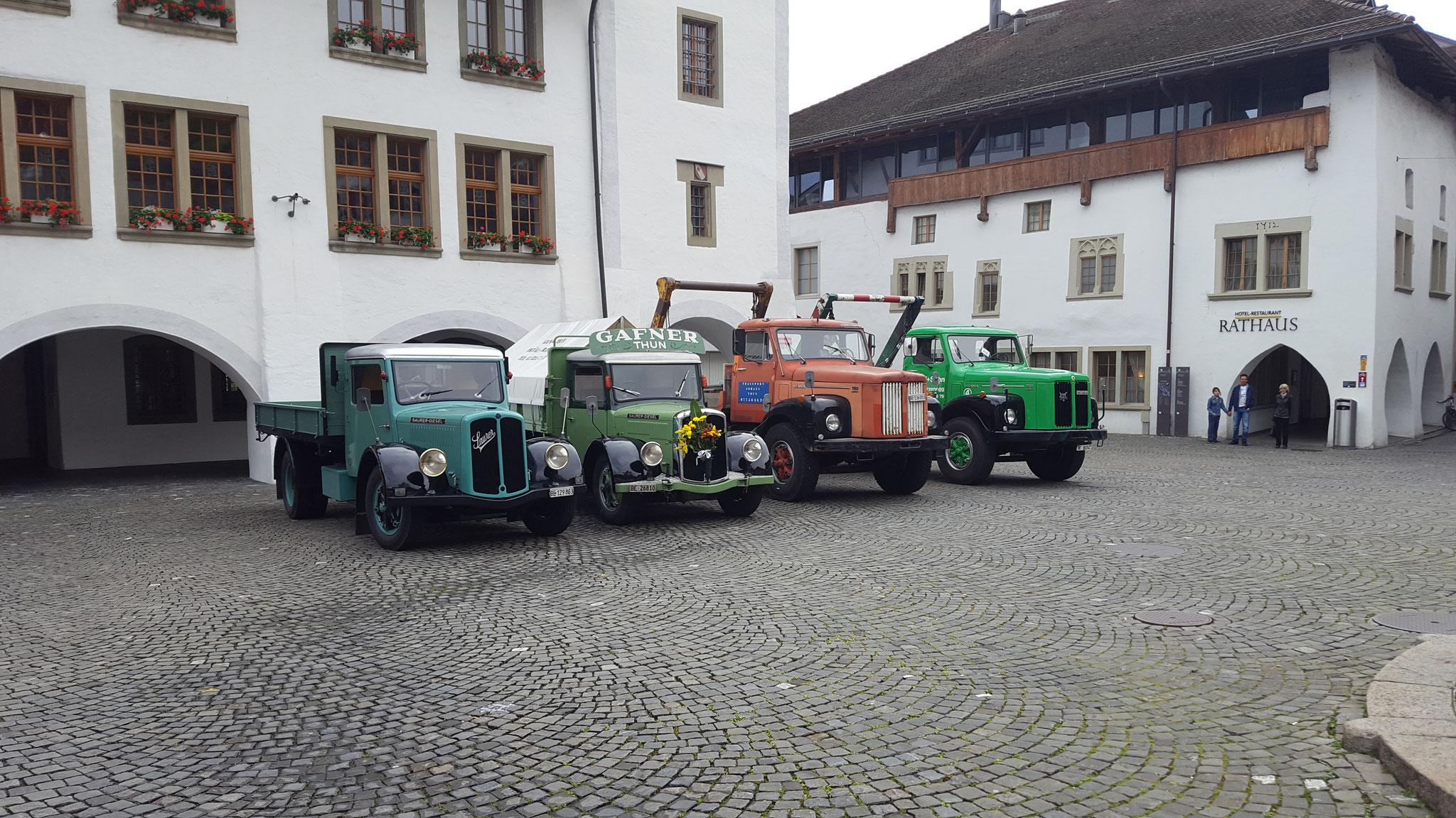 Lastwagen der Marke SAURER und SCANIA von damals....