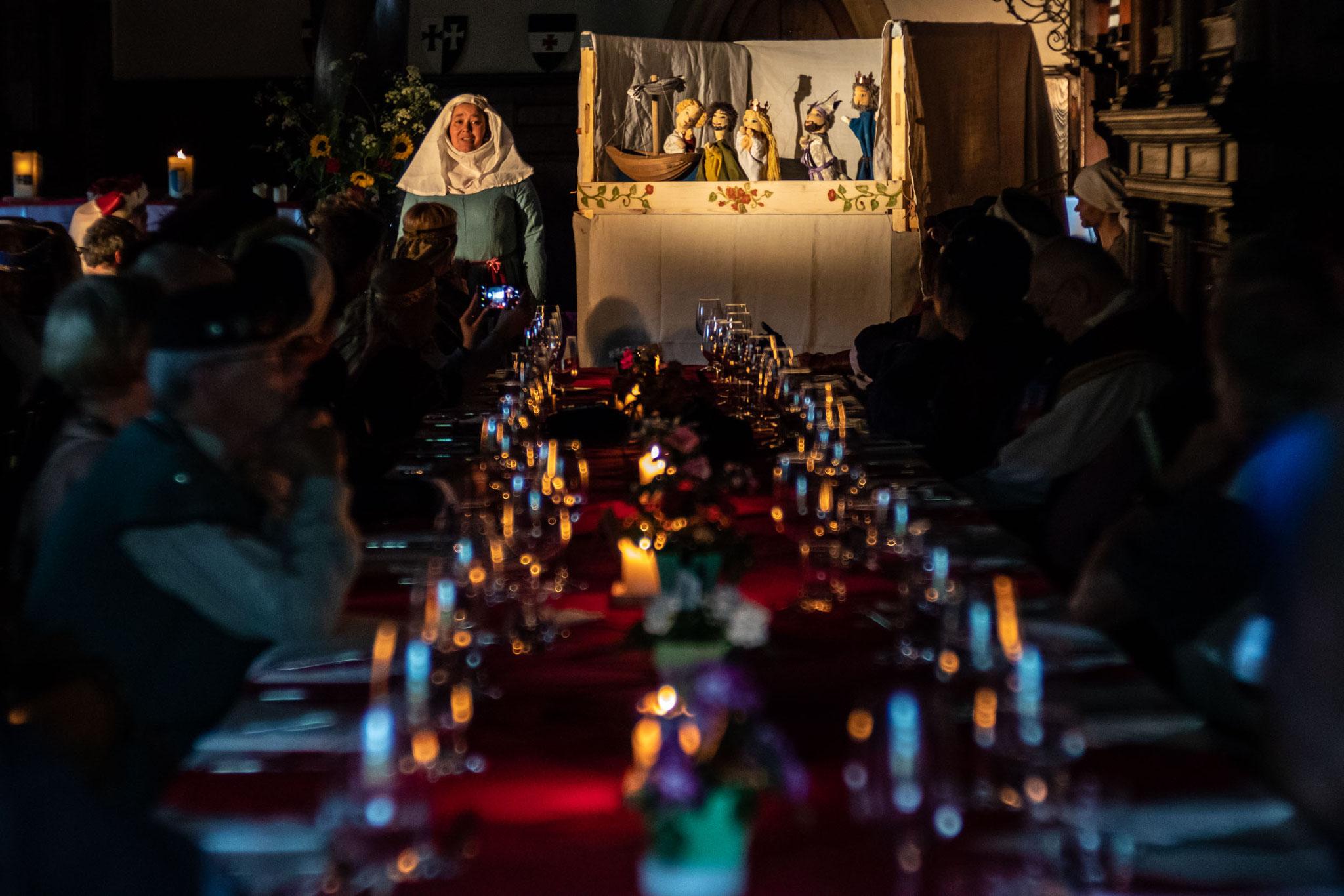 Puppenspiel: Tristan und Isolde
