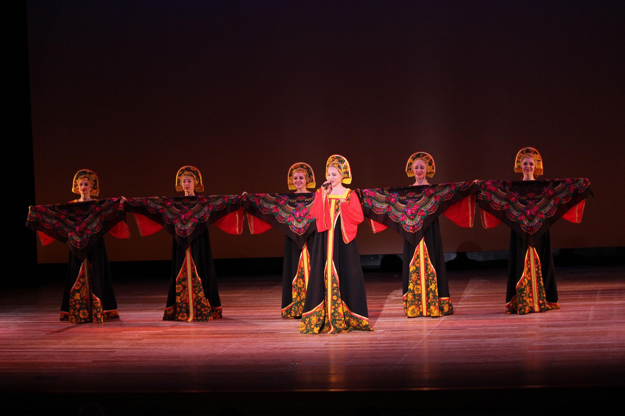 ロシアの民族舞踊 アンサンブル「カチューシャ」京都を中心に活躍中♬