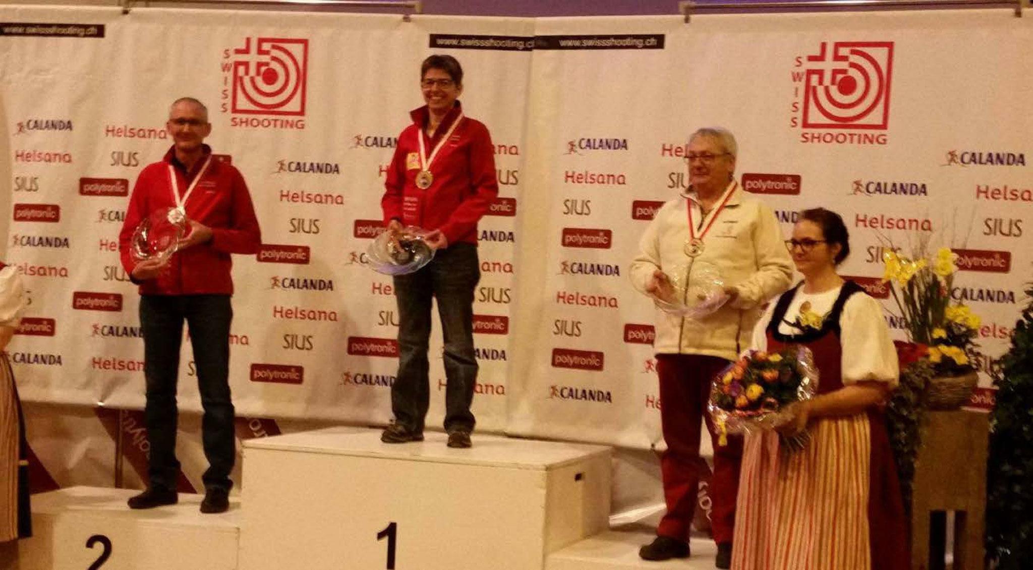 10m Schweizermeisterschaft 2017 in Bern - Senioren Auflageschiessen 1. Rang Yvonne Margreth, 2. Rang Corsin D.