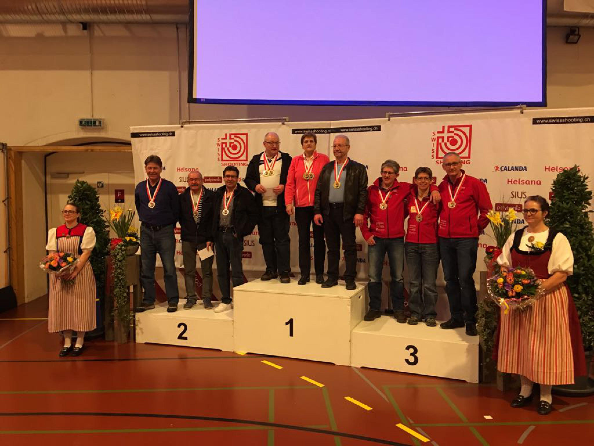 10m Schweizermeisterschaft 2017 in Bern - Senioren Auflageschiessen Gruppe 3. Rang Placi C., Yvonne M., Corsin D.
