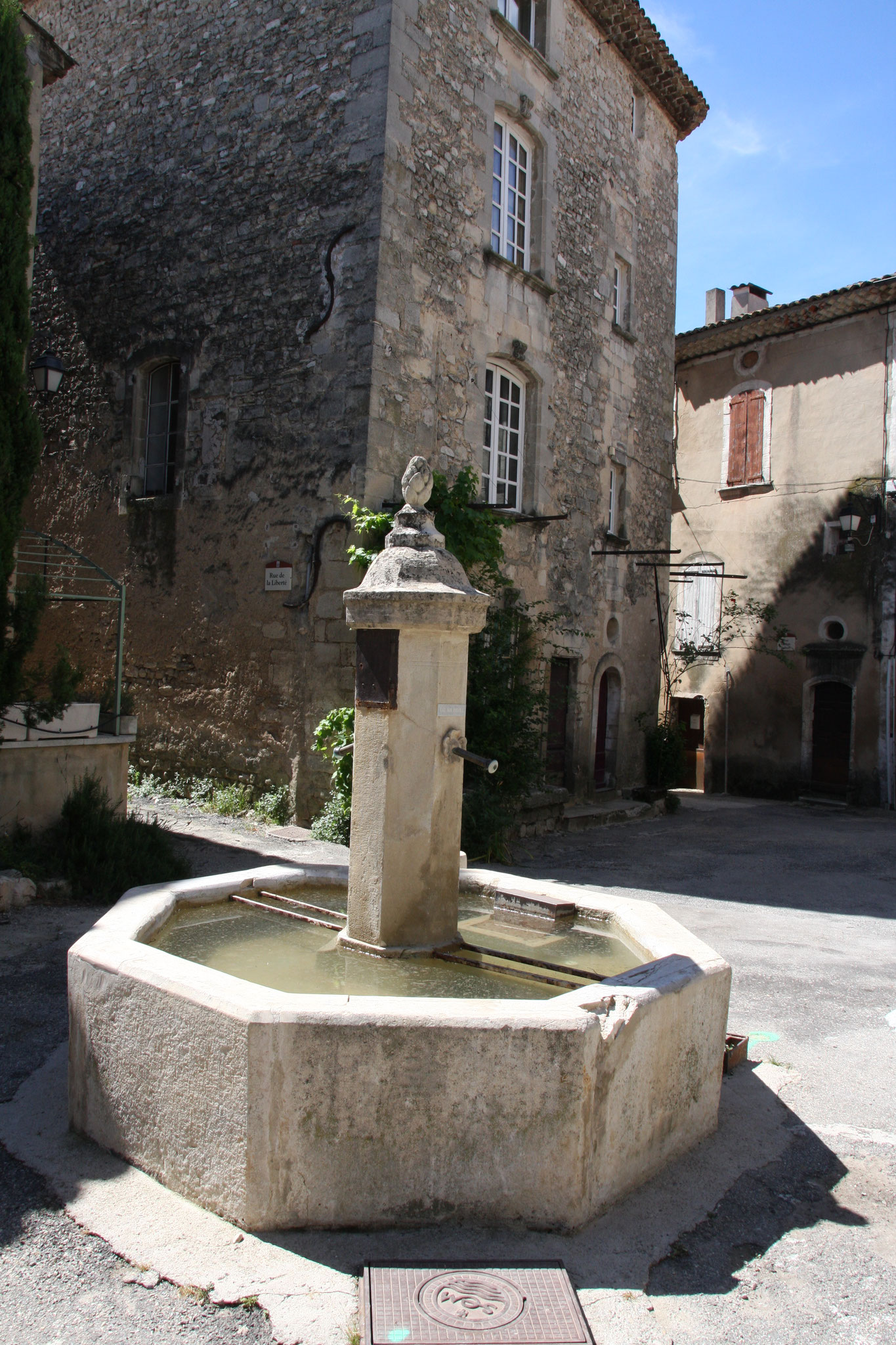 Bild: Fontaine in Céreste
