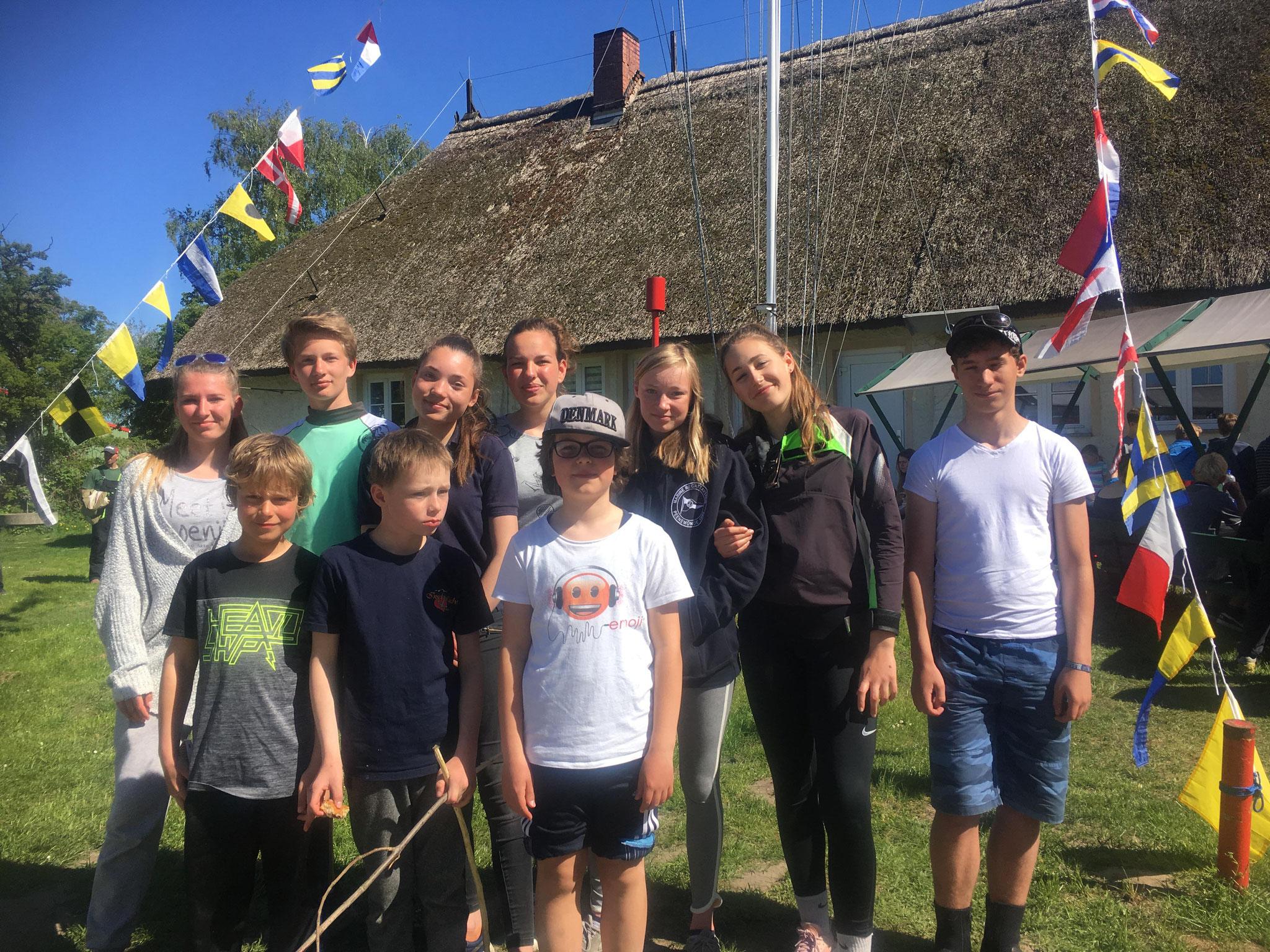"""Unsere """"Crew"""" nach der Siegerehrung in Greifswald"""