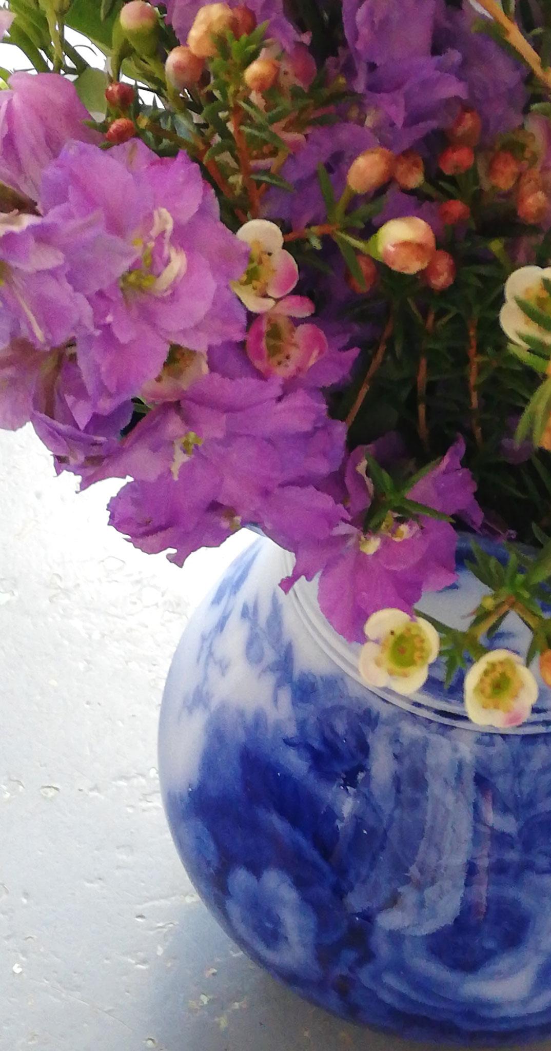 """Contenant pour une seconde vie (objets et vases chinés par """"poussière et pépites"""""""