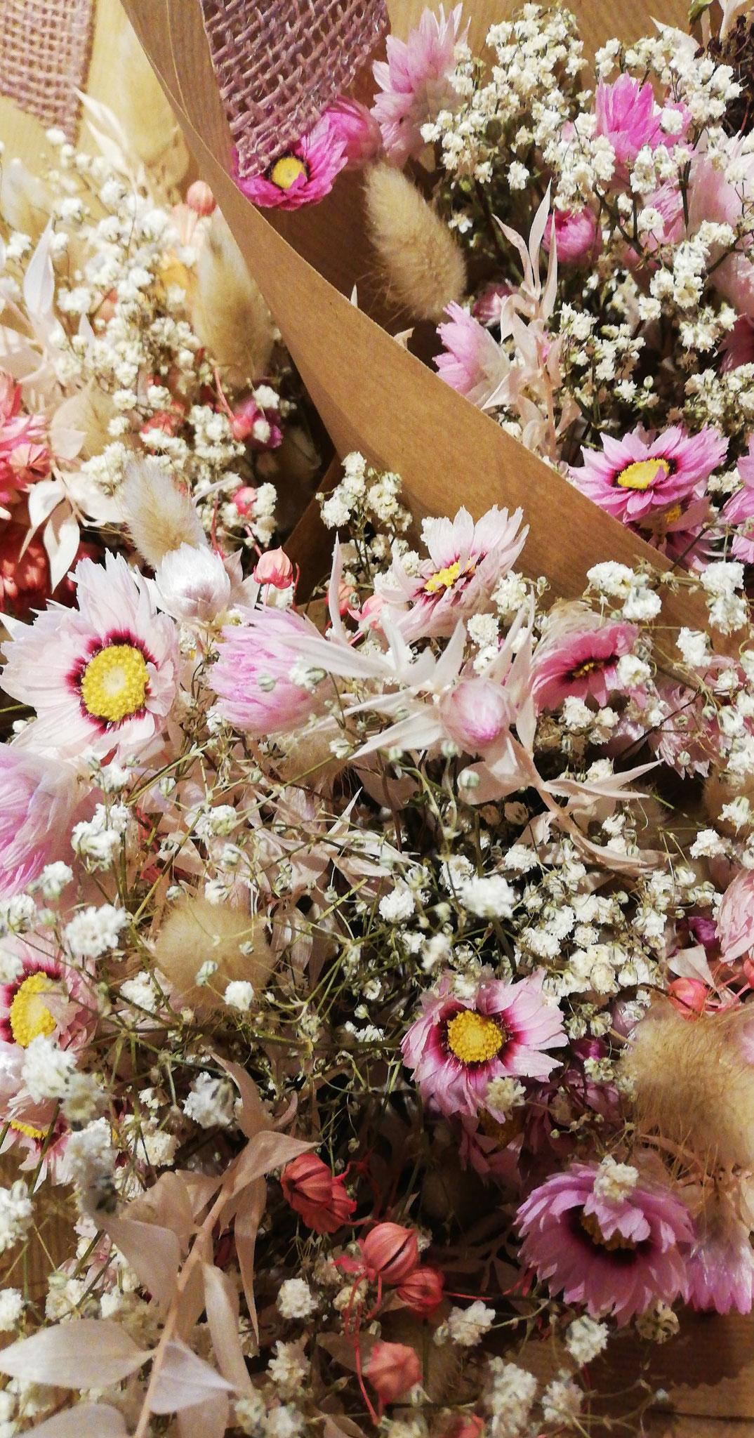 """fleurs séches """"bouquet de voyage"""" 25€"""