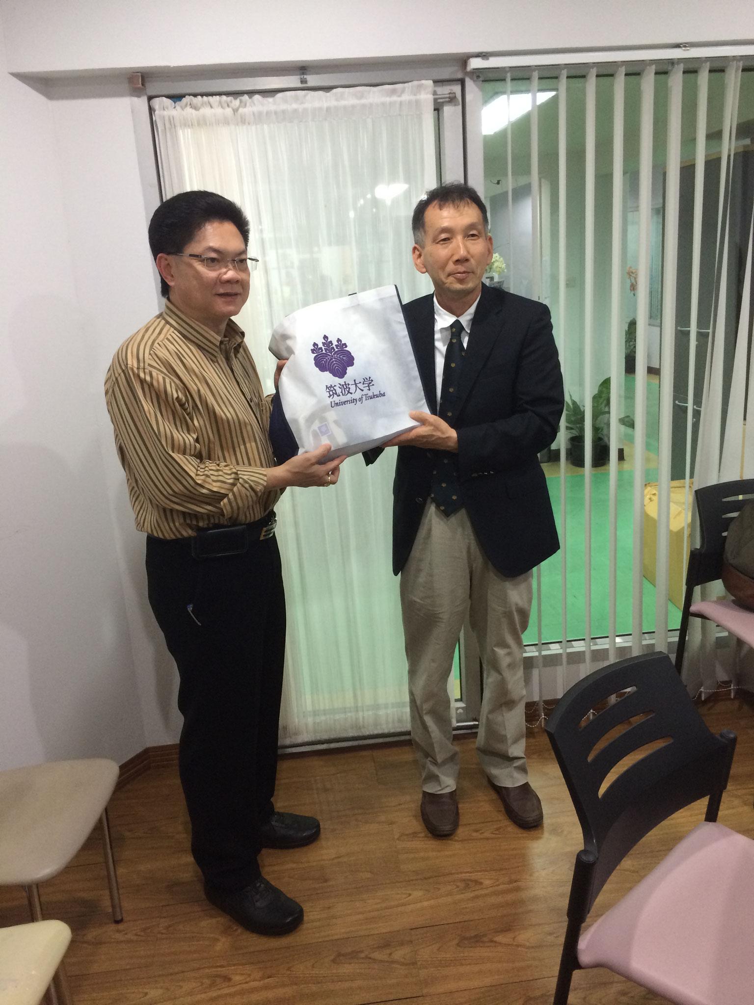 コンケーン市長と山田先生