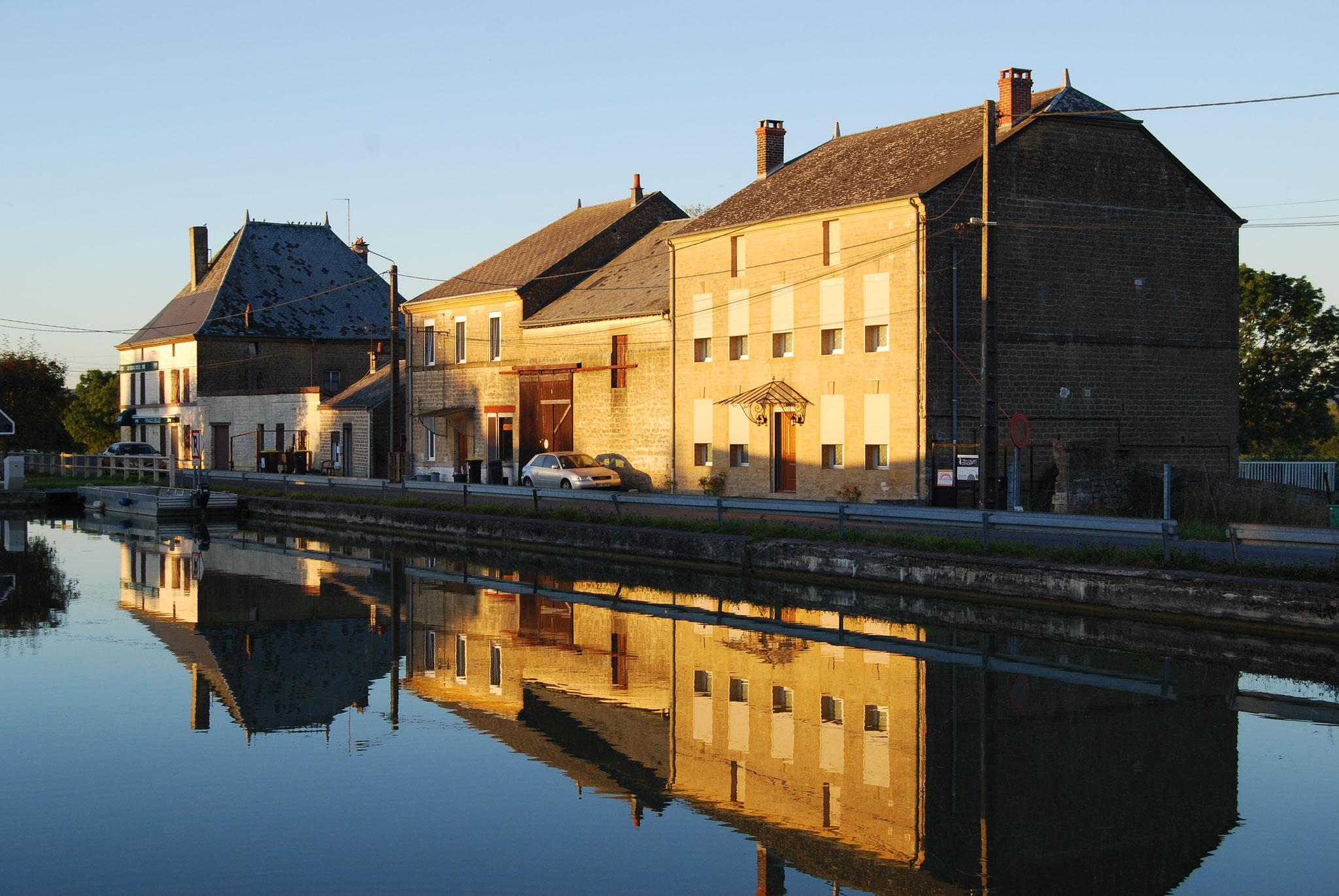 Pont-à-Bar