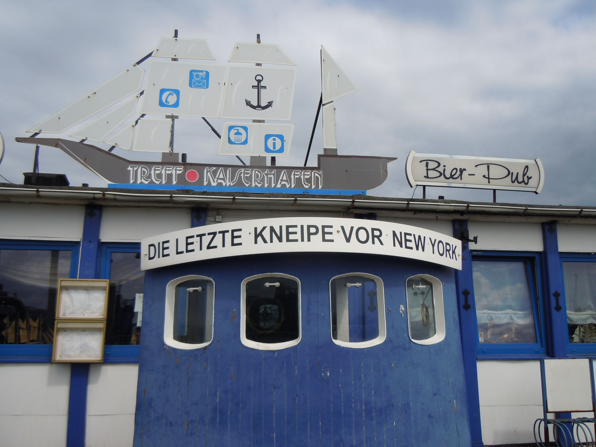"""Bremerhaven """"Letzte Kneipe vor New York"""""""