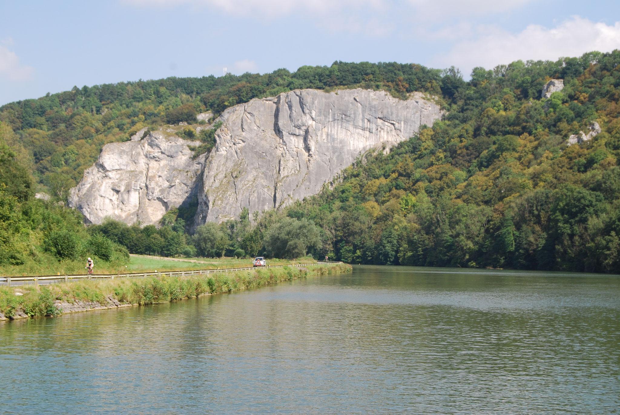 Felsen vor Dinant