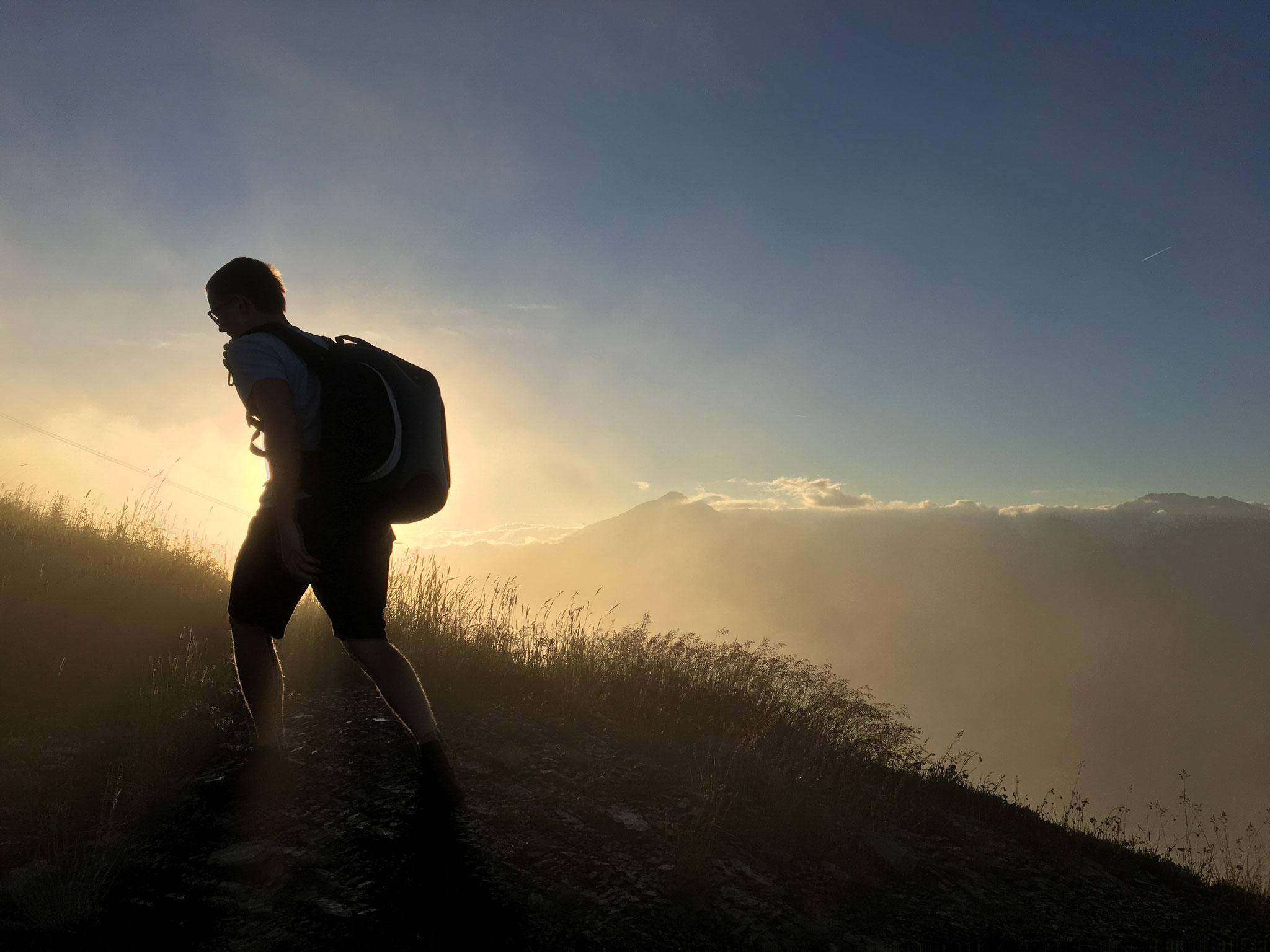 Zum Sonnenuntergang den Gipfel besteigen