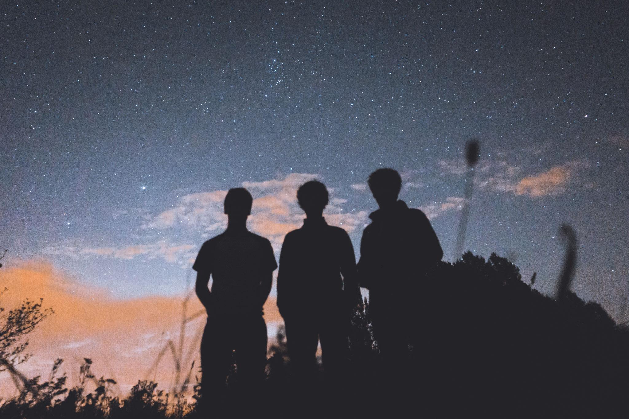 Unsere Helden beim Sterne Schauen