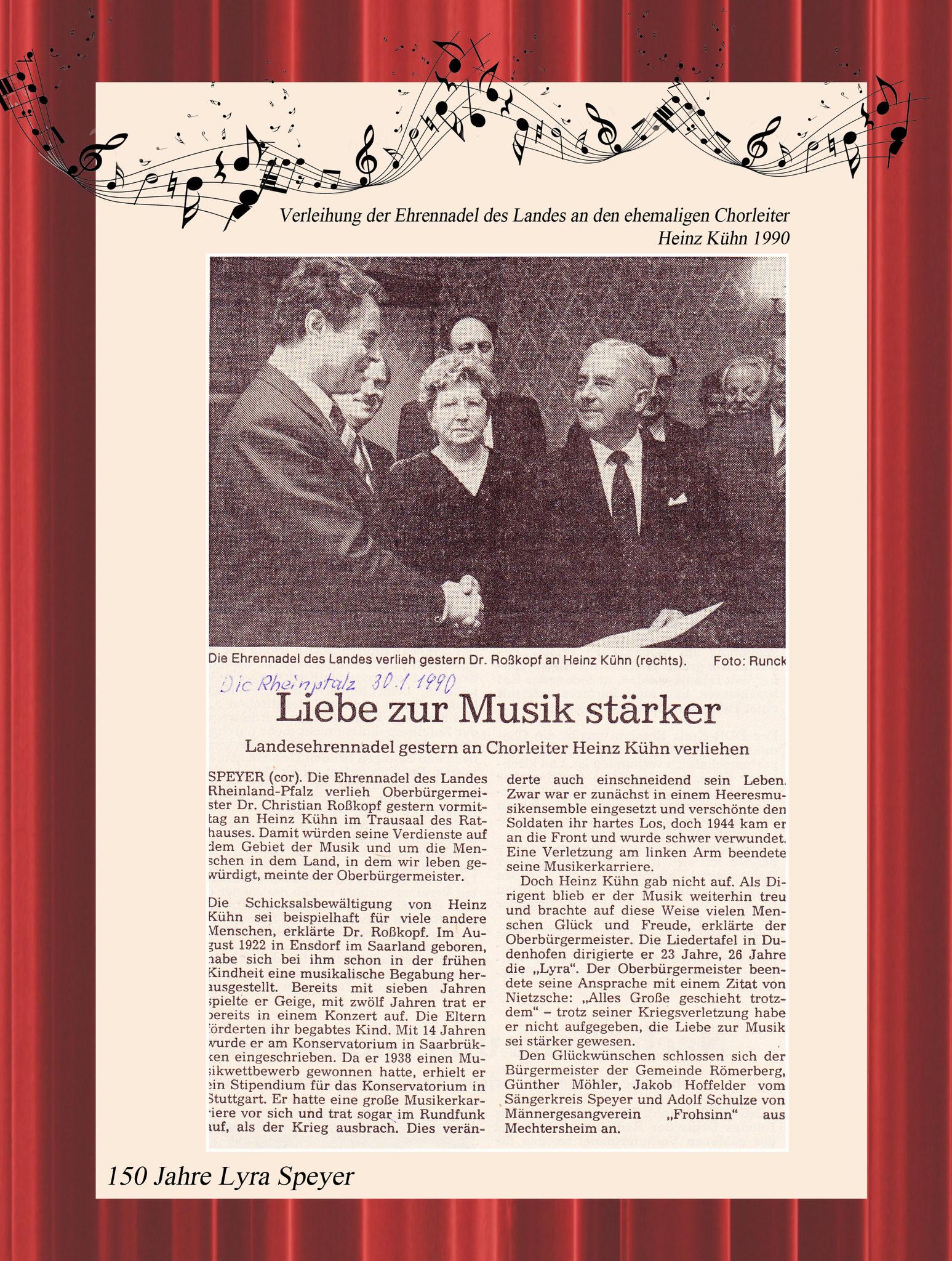 Verleihung der Ehrennadel 1990