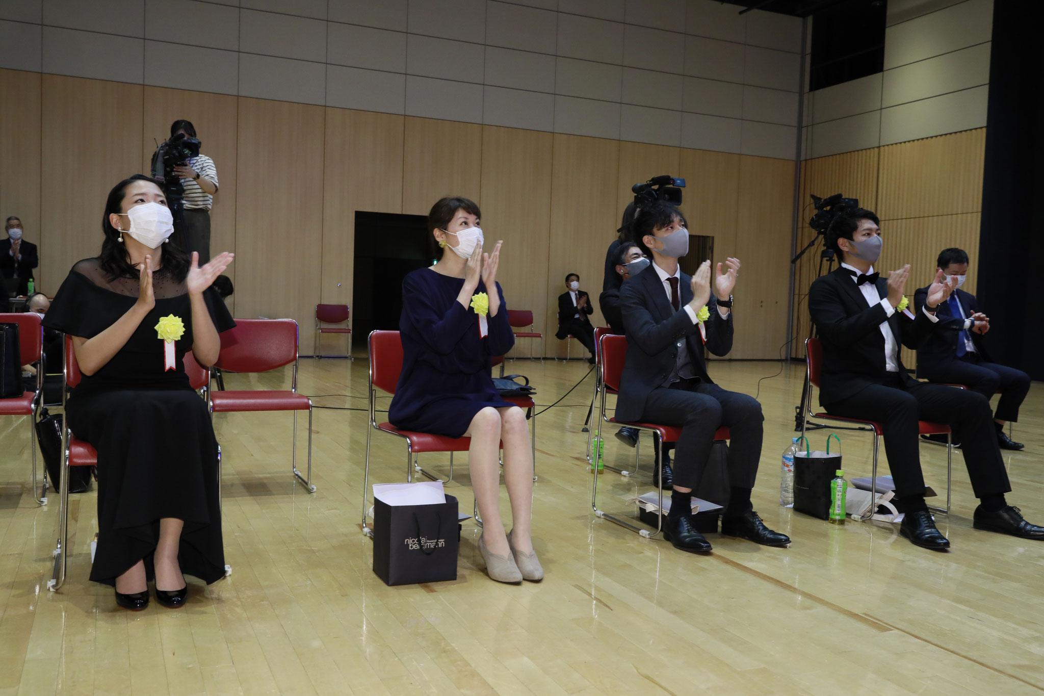 一部の受賞者については受賞スピーチをオンラインで実施いたしました。