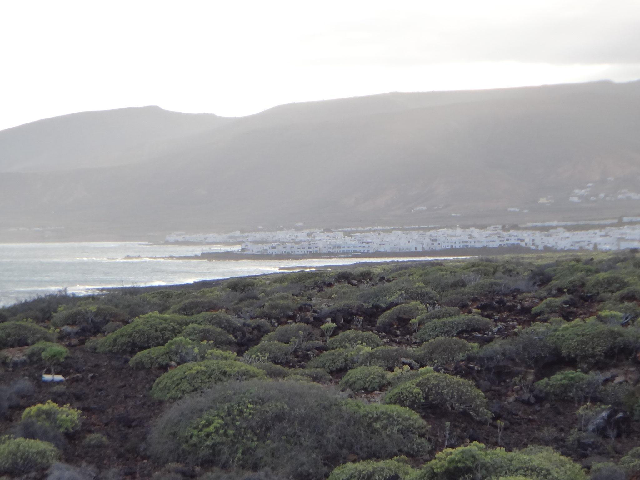 Blick auf die Nachbarorte Punta Mucheres und Arrieta
