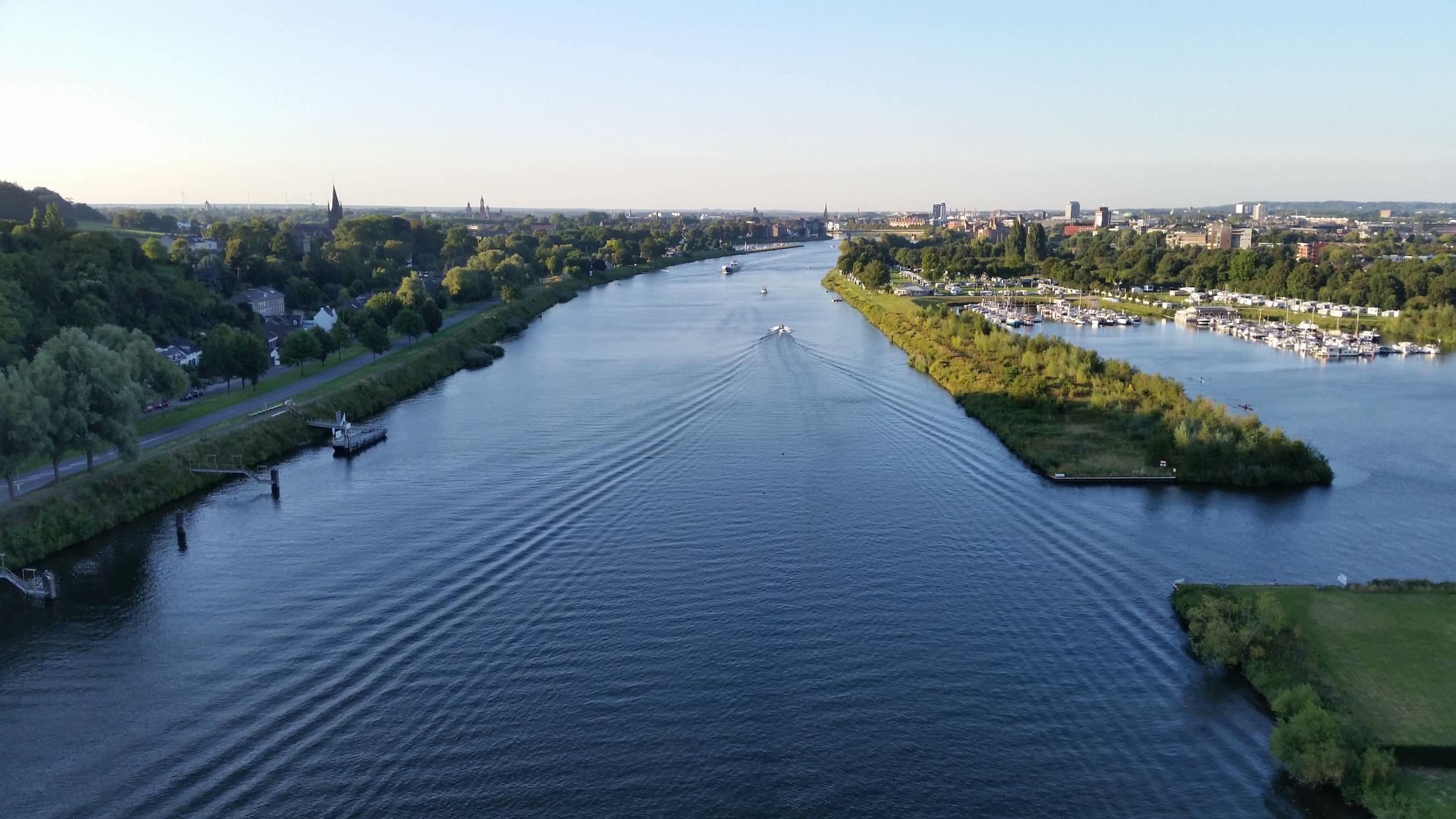 Maas richting Maastricht