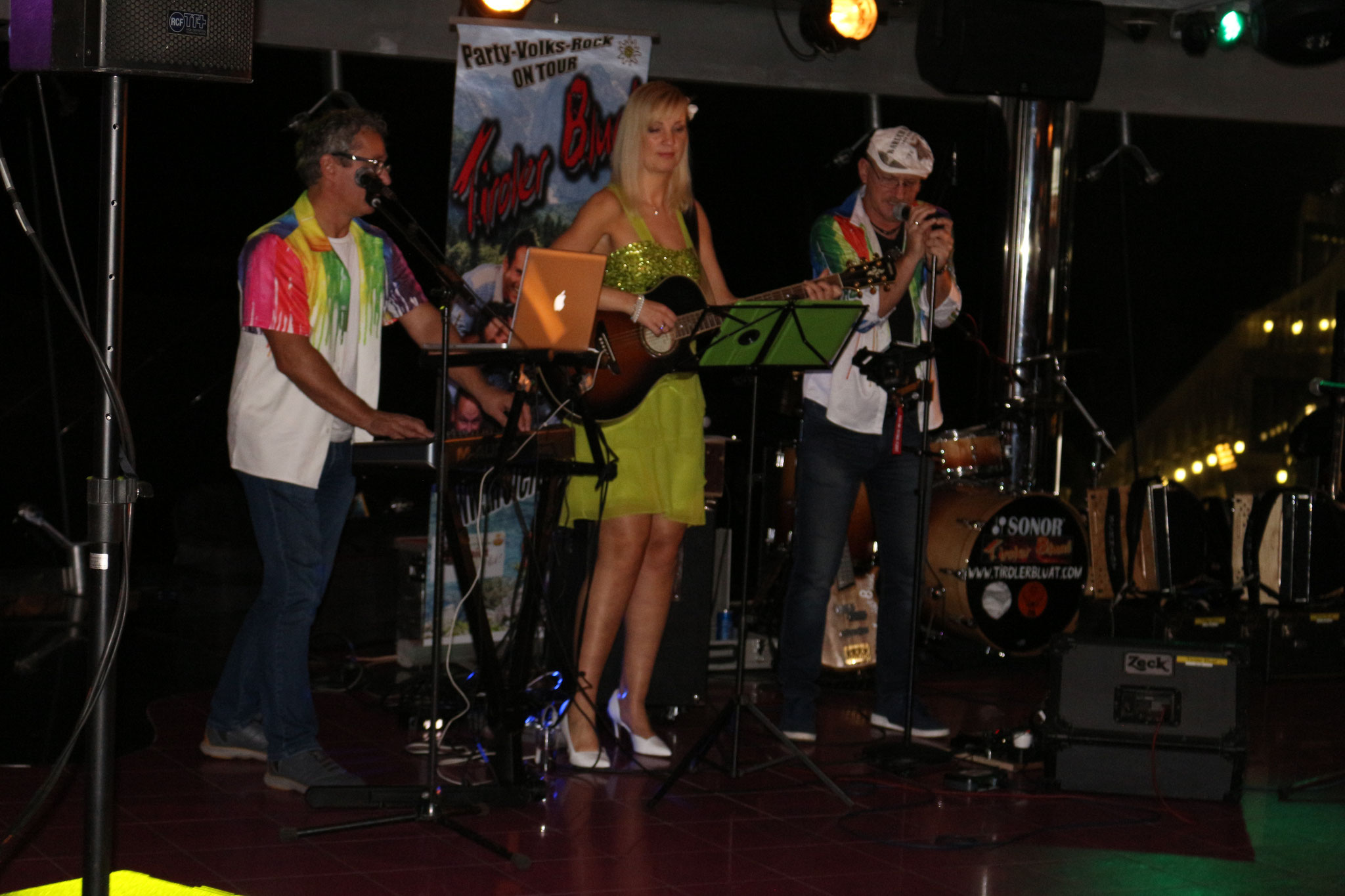 Galaband Fur Ihren Ball Band Up To Date Aus Munchen