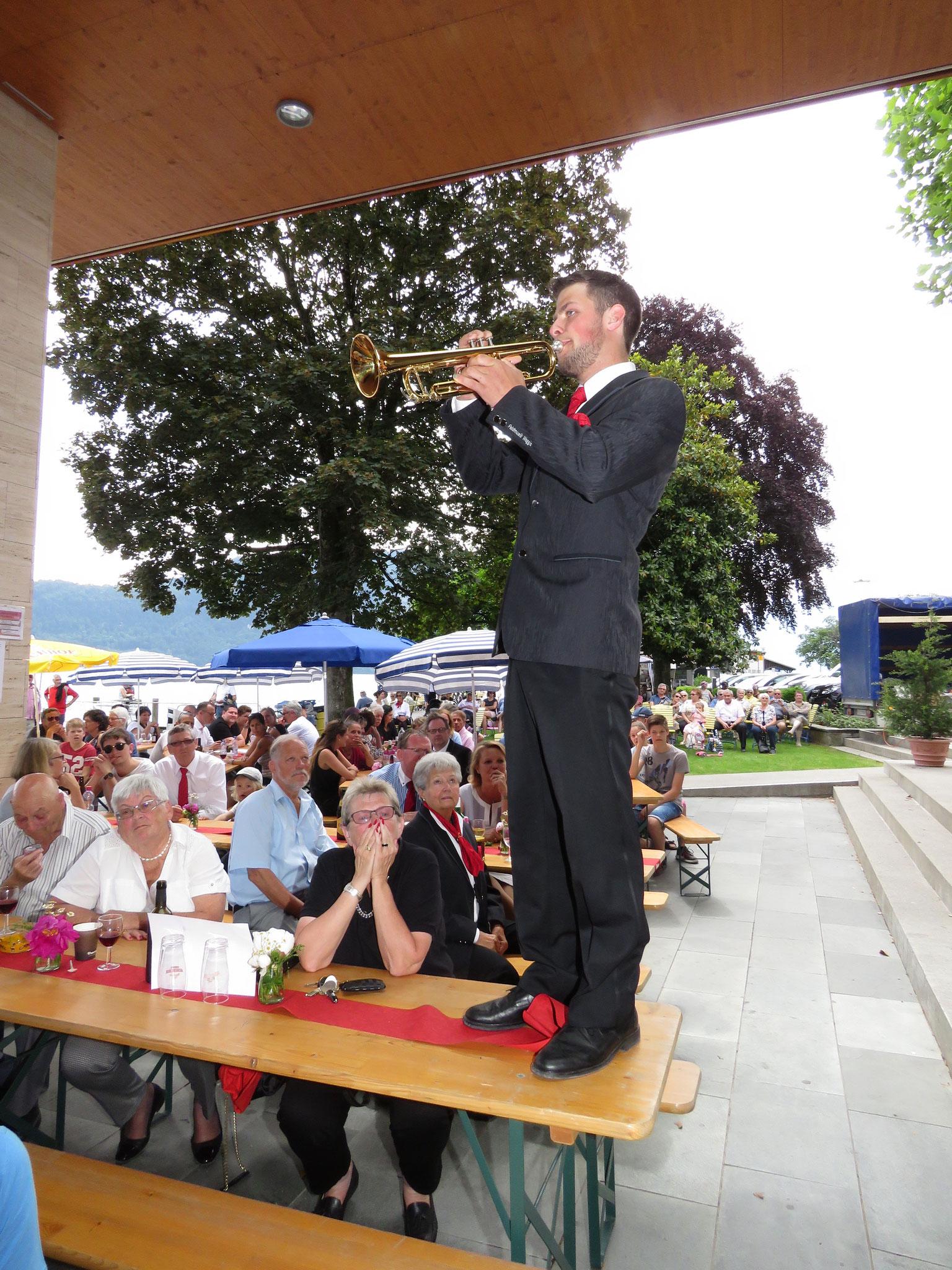 Solist Simon Dubacher brillierte im Stück Angels.