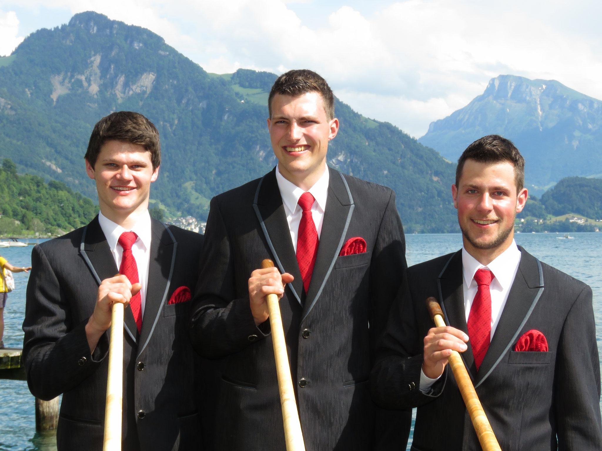 Und hier unsere drei Alphornsolisten: Martin Stöckli, Lukas Hofmann und Simon Dubacher.