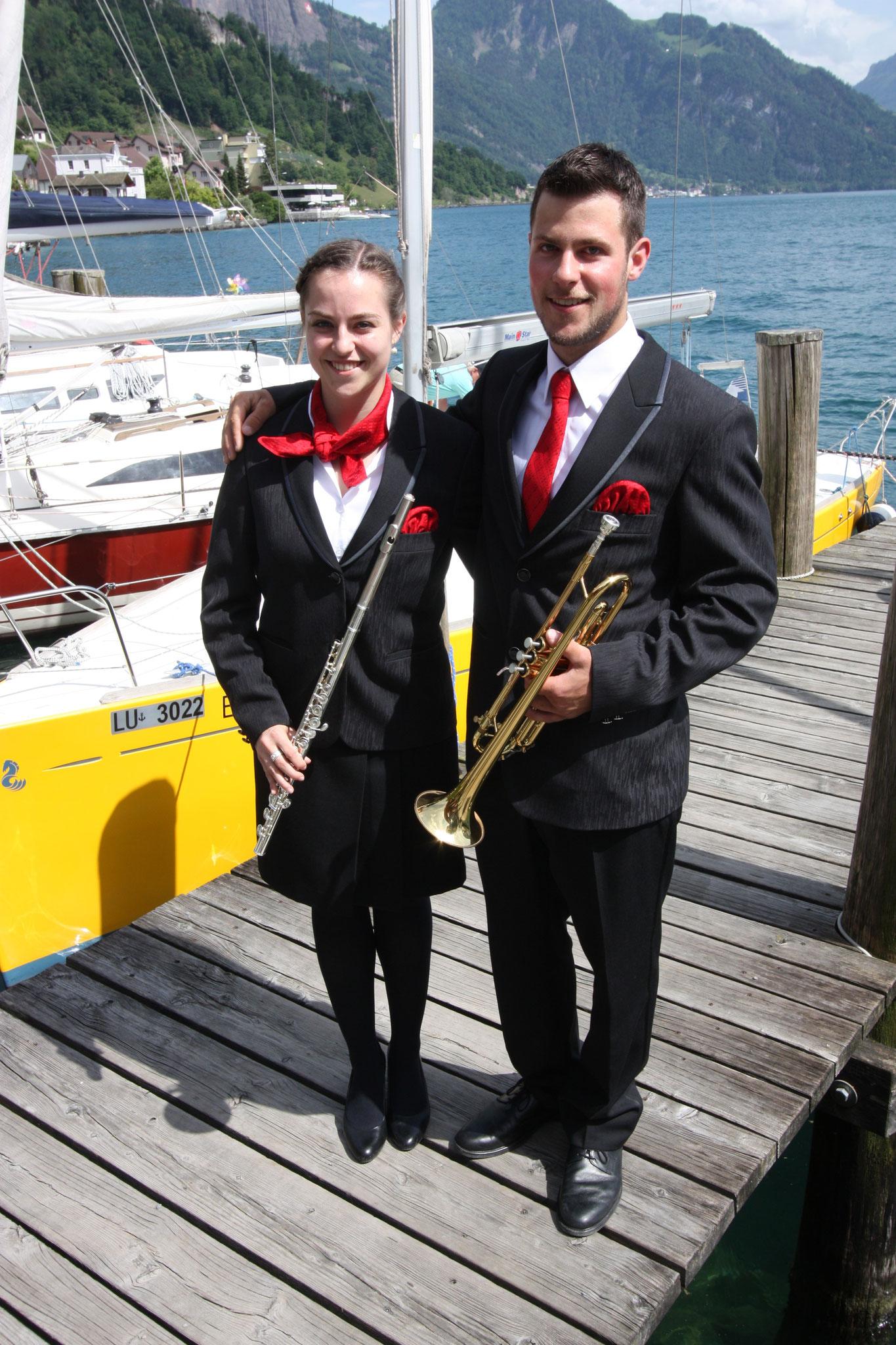 Die Feldmusik zeichnet sich durch eine familiäre Atmosphäre aus. So sind auch Silvia und Simon Dubacher als Geschwister mit dabei.